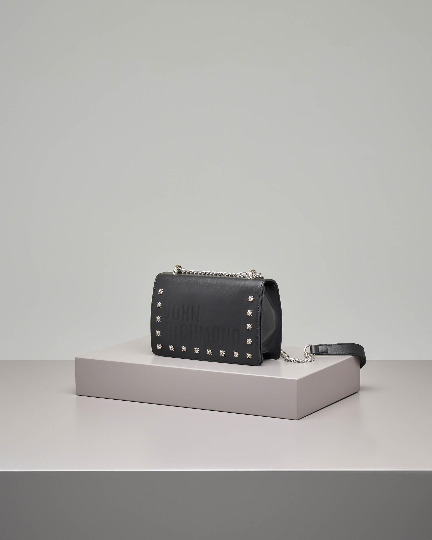 Borsa nera con borchie
