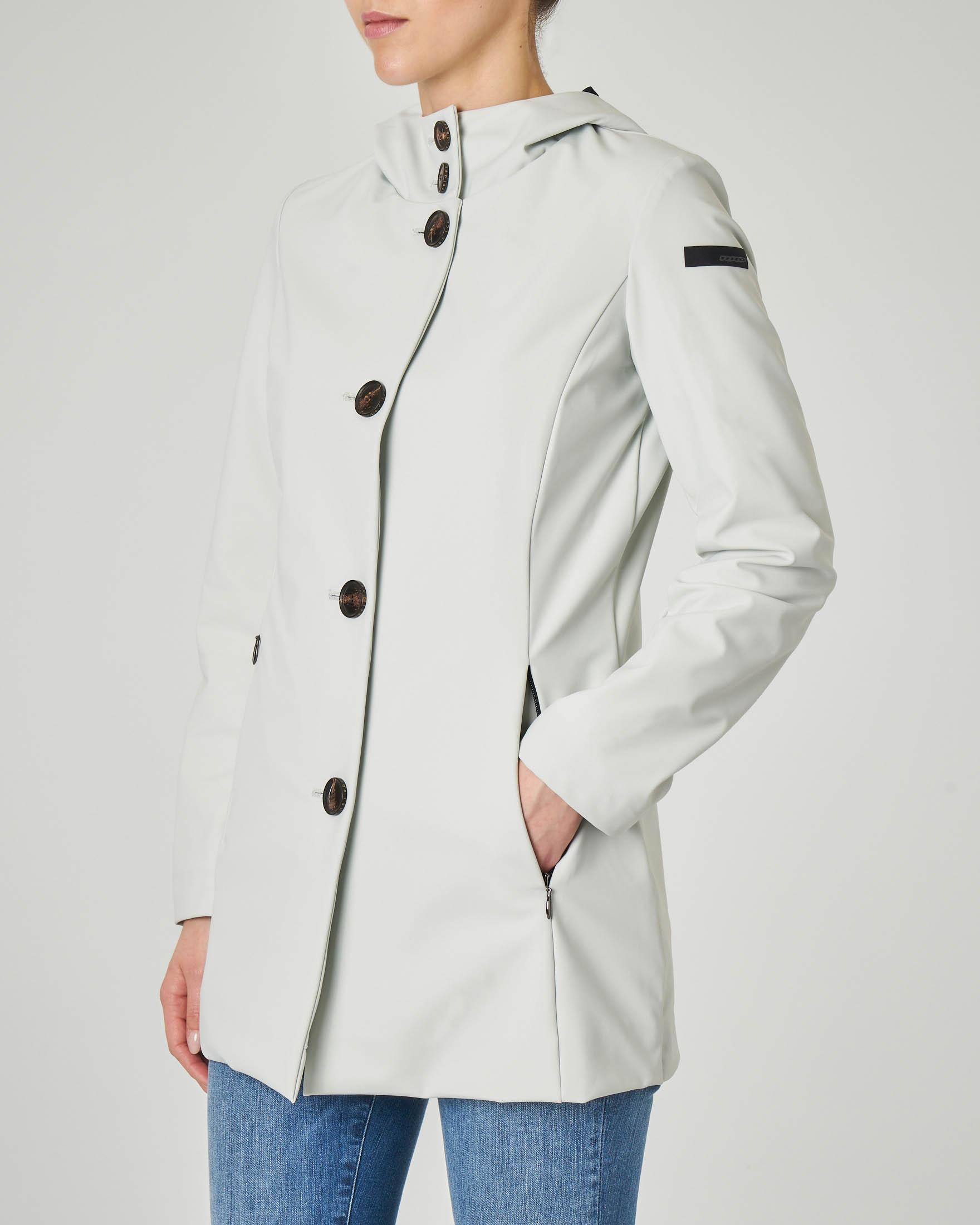 Cappotto sfiancato color gesso tessuto tecnico con cappuccio