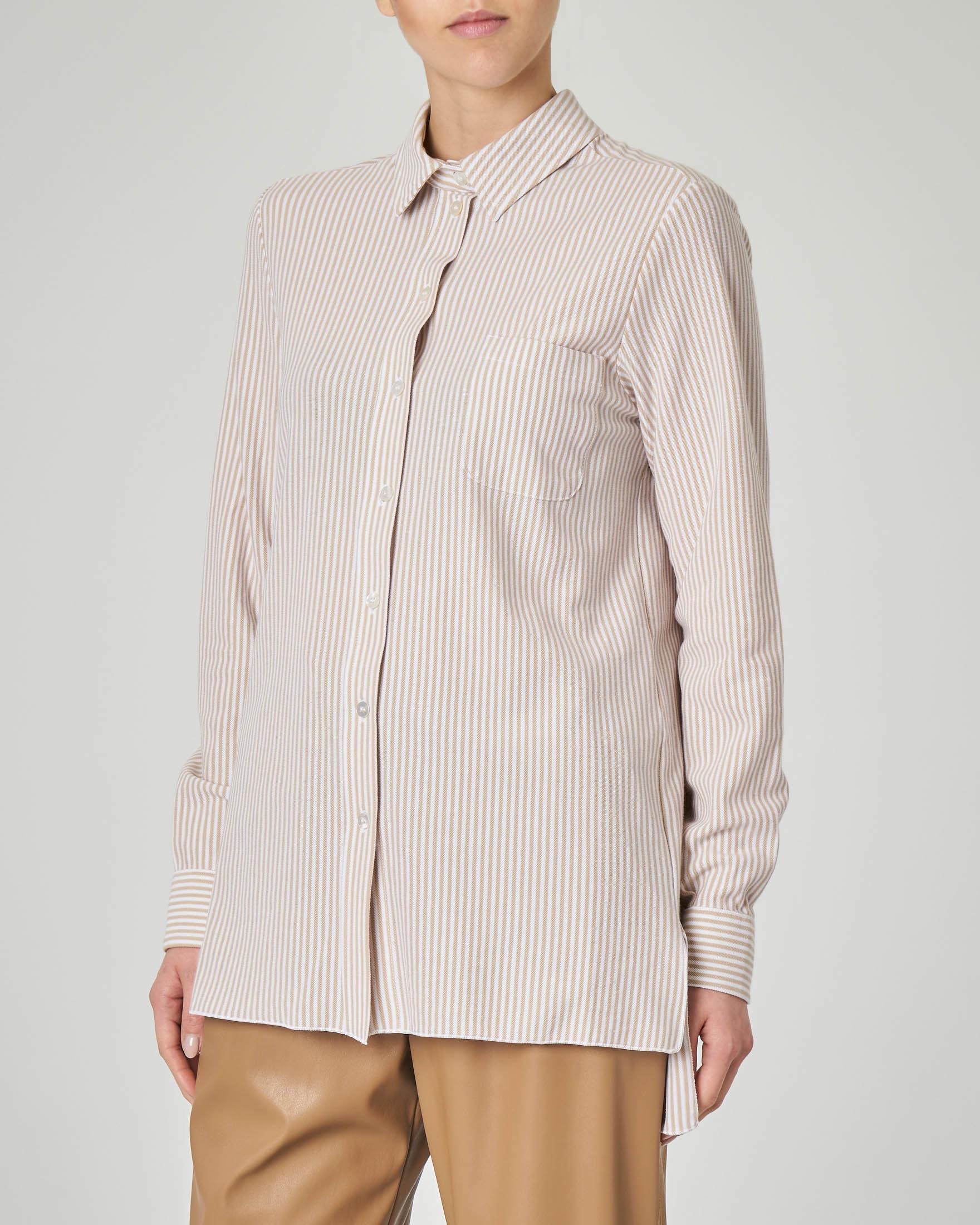 Camicia oxford a righe bianche e color cammello