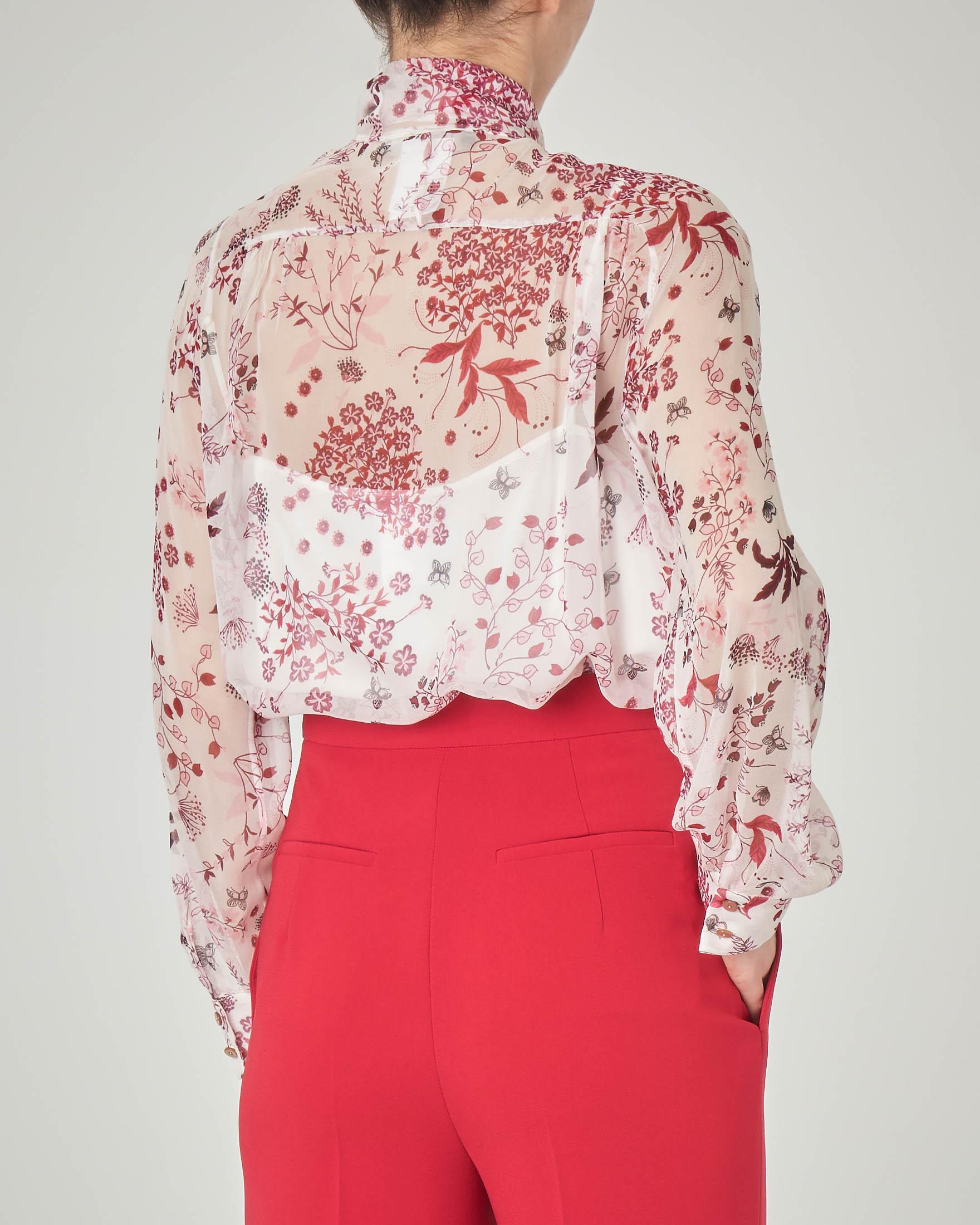 Blusa in seta bianca fiori stampati rossi e fiocco sul davanti