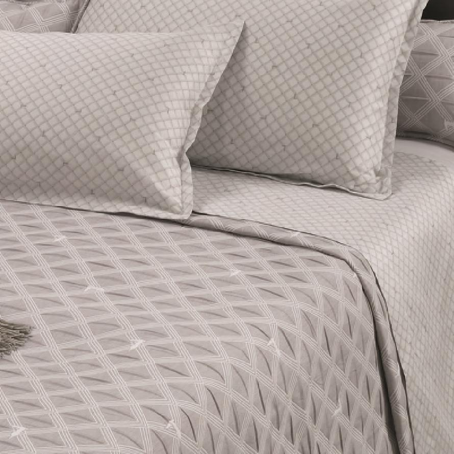 Lenzuola Matrimoniali Trussardi.Double Bed Sheet Set 2 Squares Trussardi New Monogram Gray