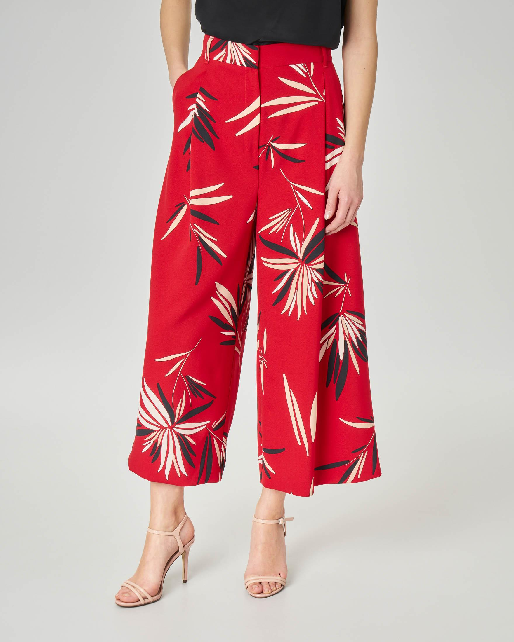 Pantaloni culotte rossi a stampa foliage
