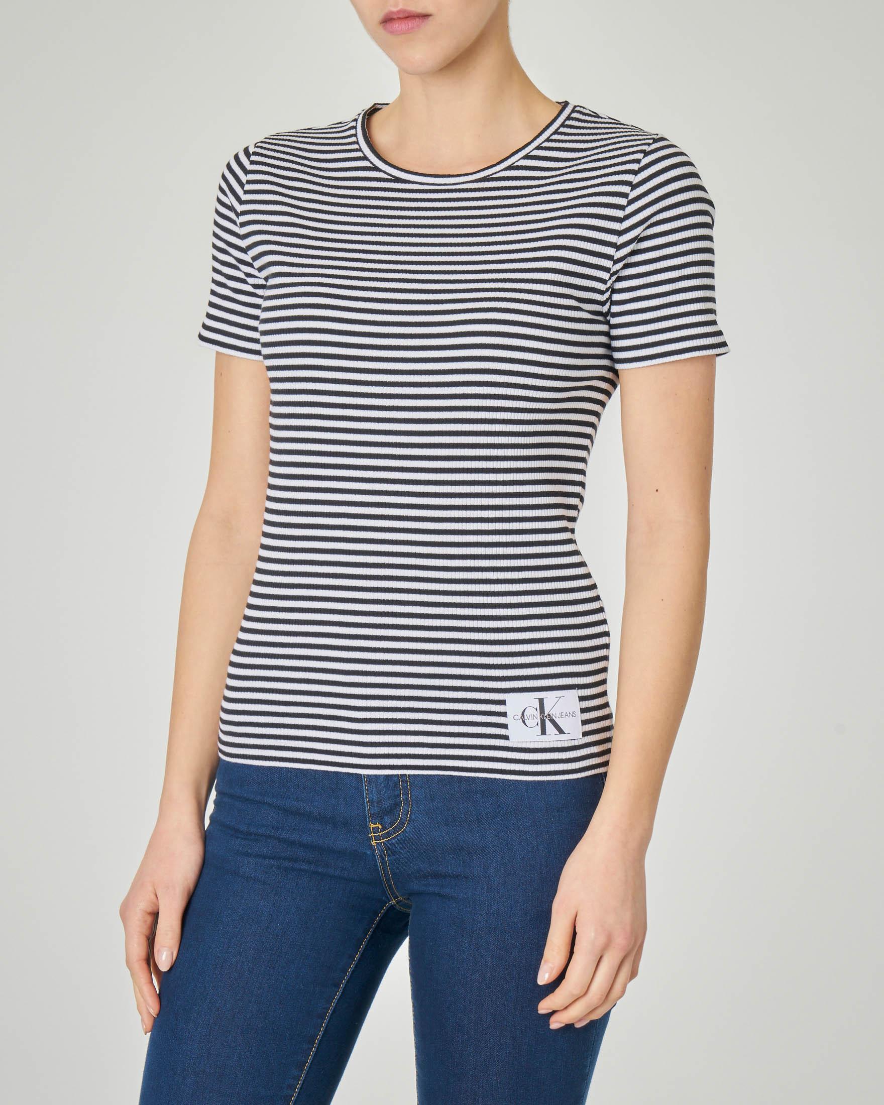 T-shirt maniche corte in cotone a righe bianche e nere