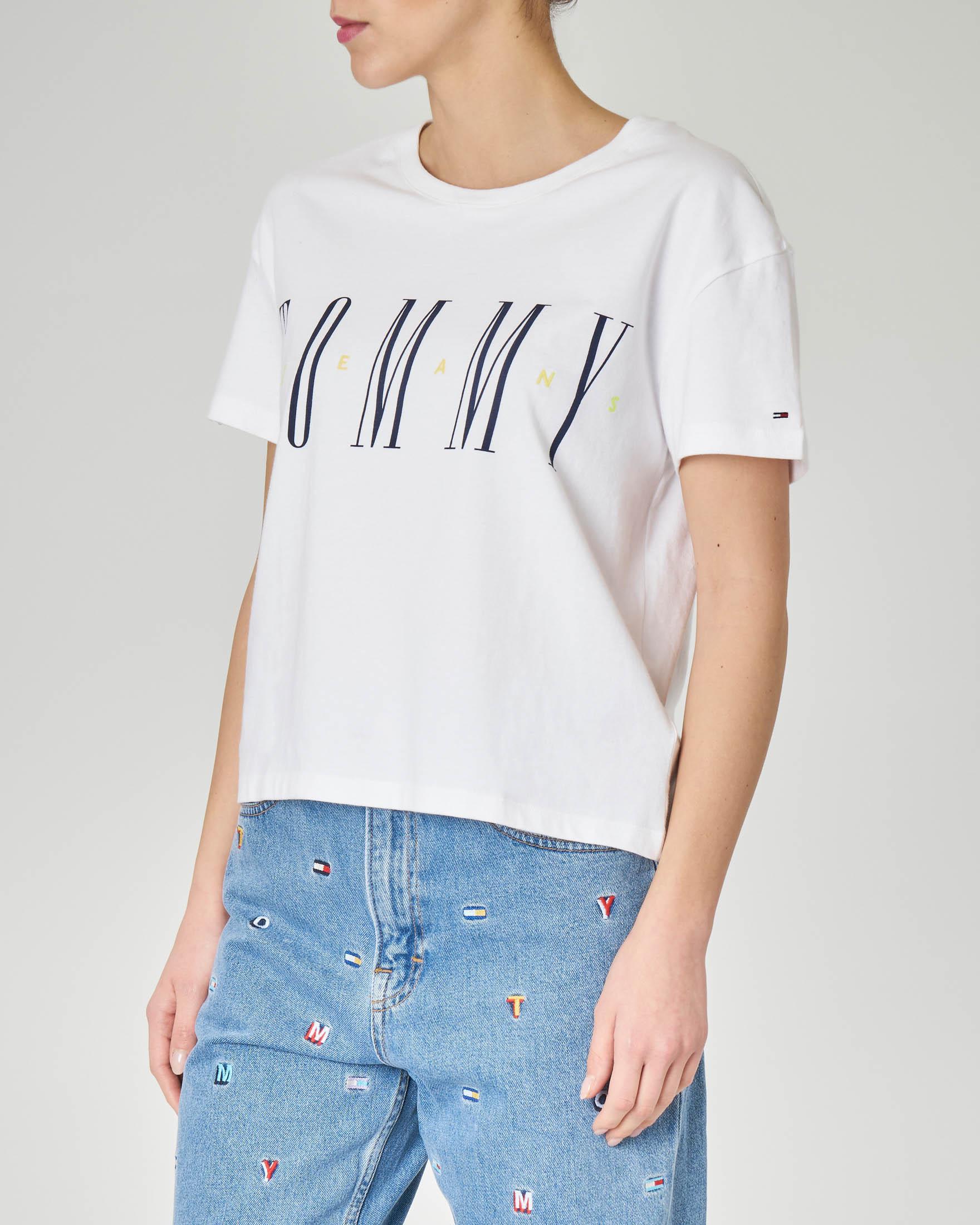 T-shirt bianca linea boxy in cotone con logo ricamato