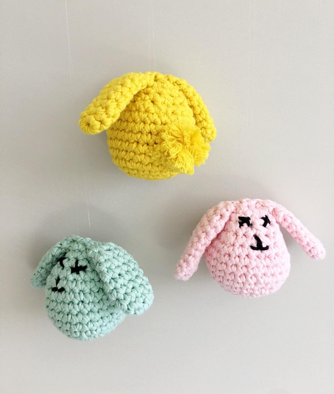 Bunny Rabbit Amigurumi - Free Crochet Pattern - StringyDingDing | 1275x1080