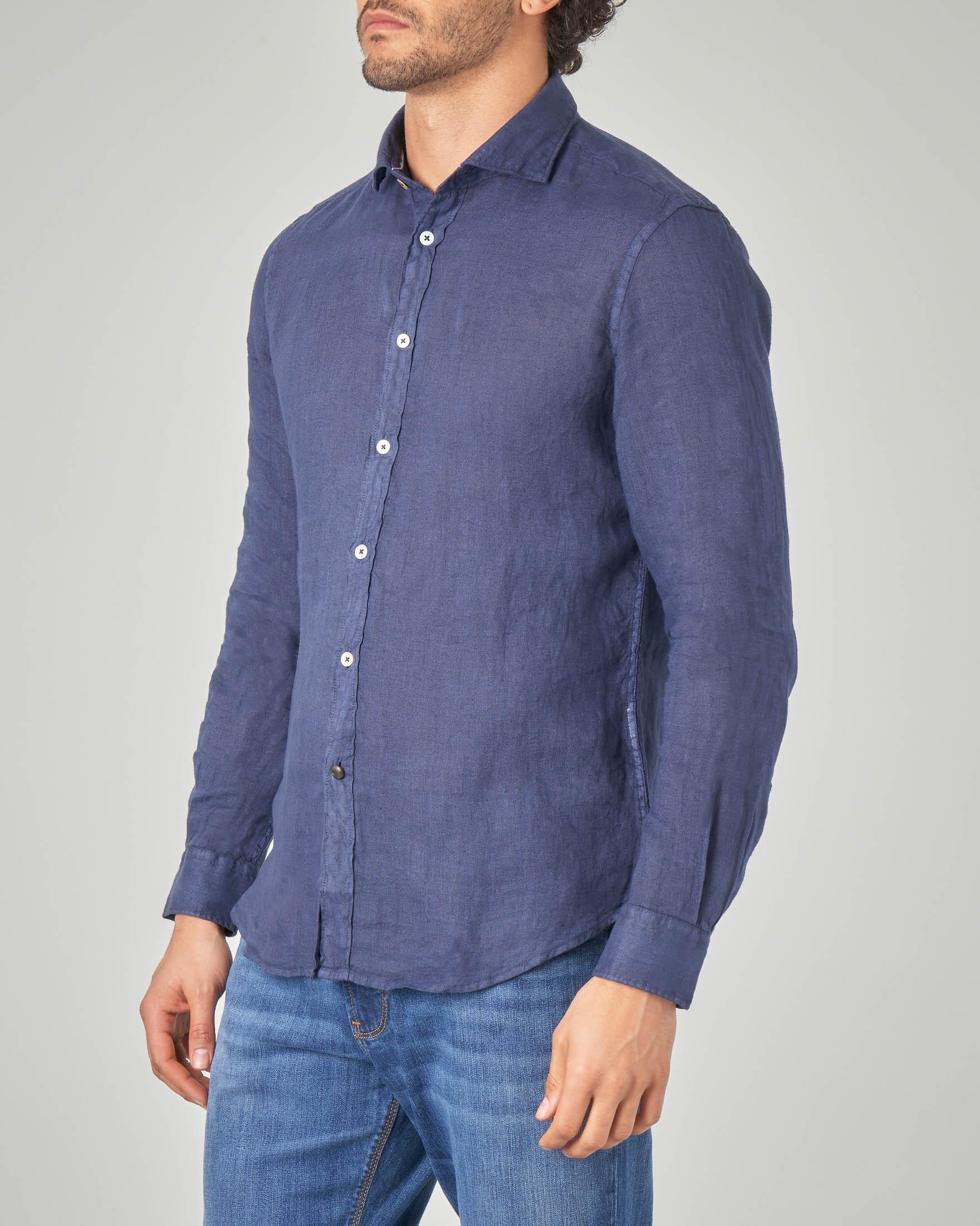Camicia blu in lino
