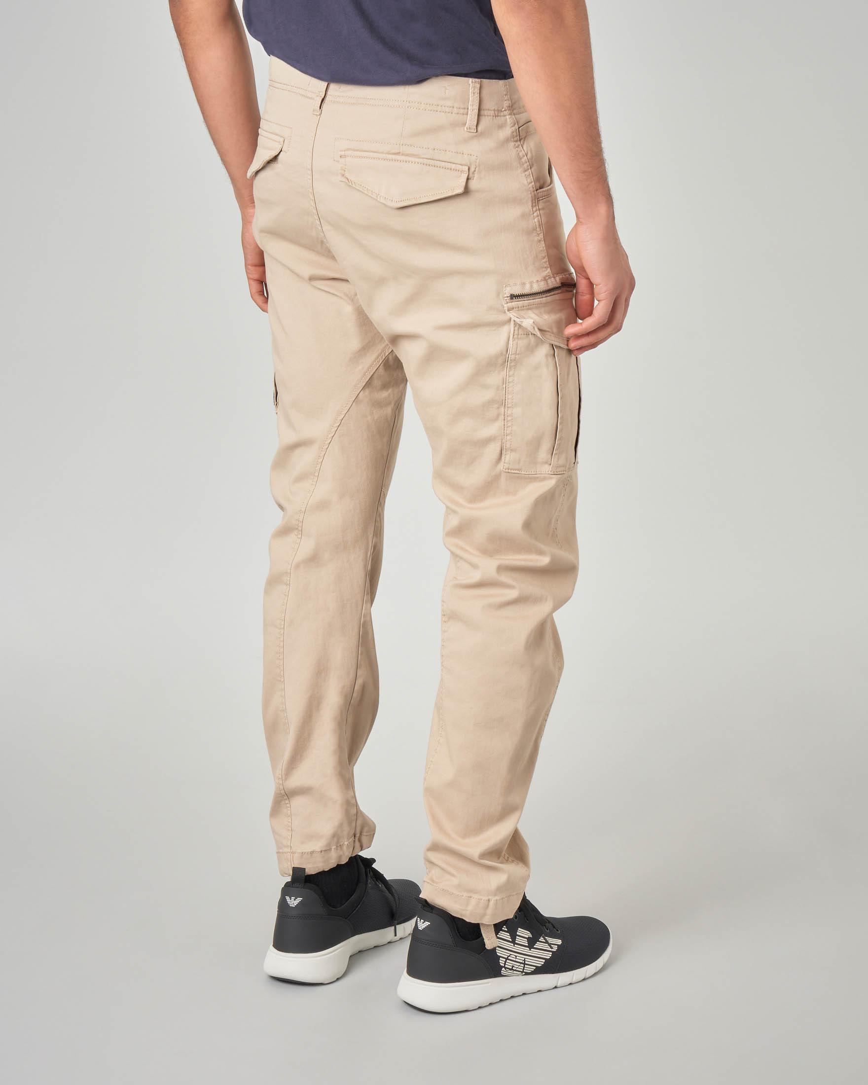 Pantaloni cargo color sabbia
