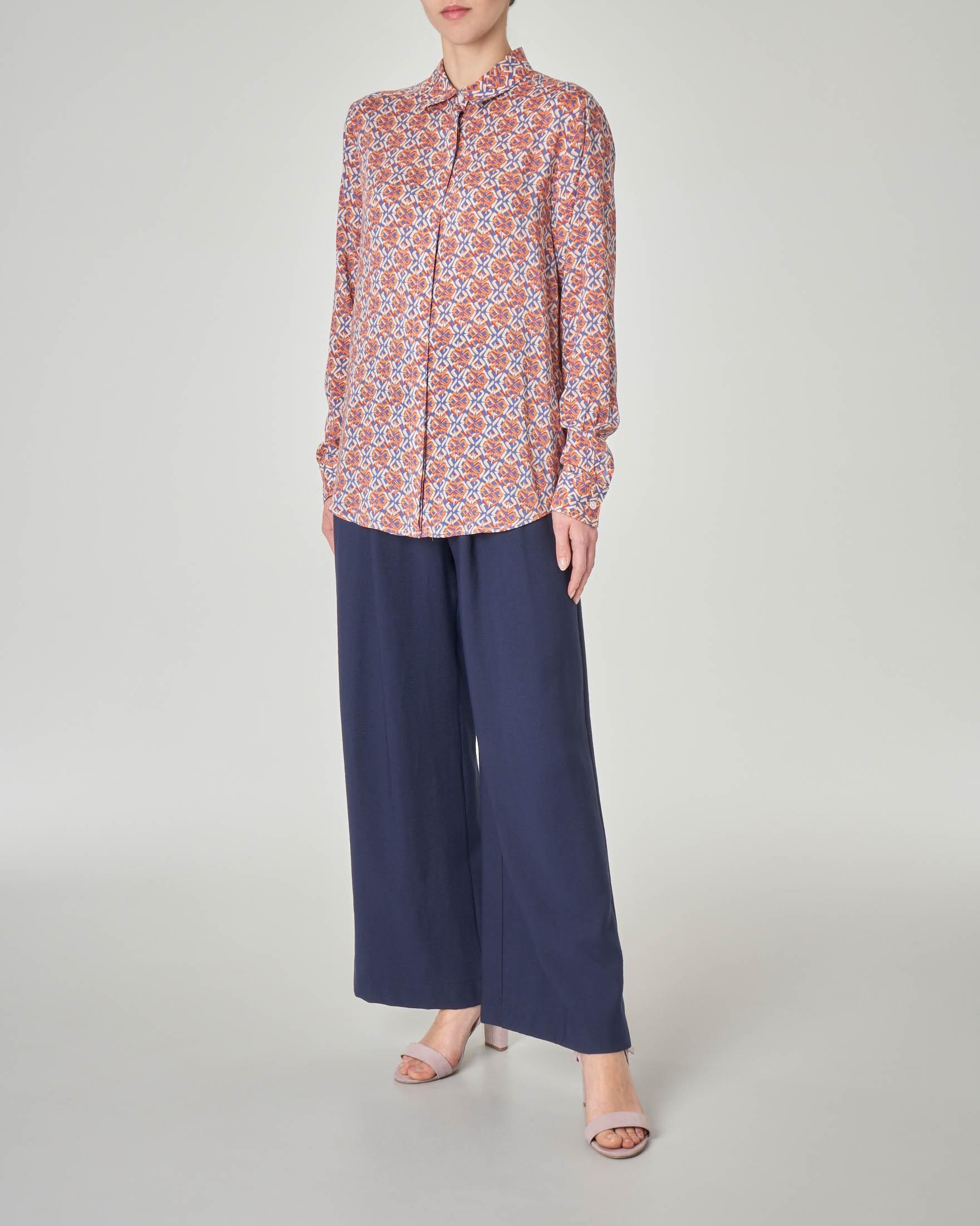 Camicia in viscosa bluette a fantasia geometrica color arancio