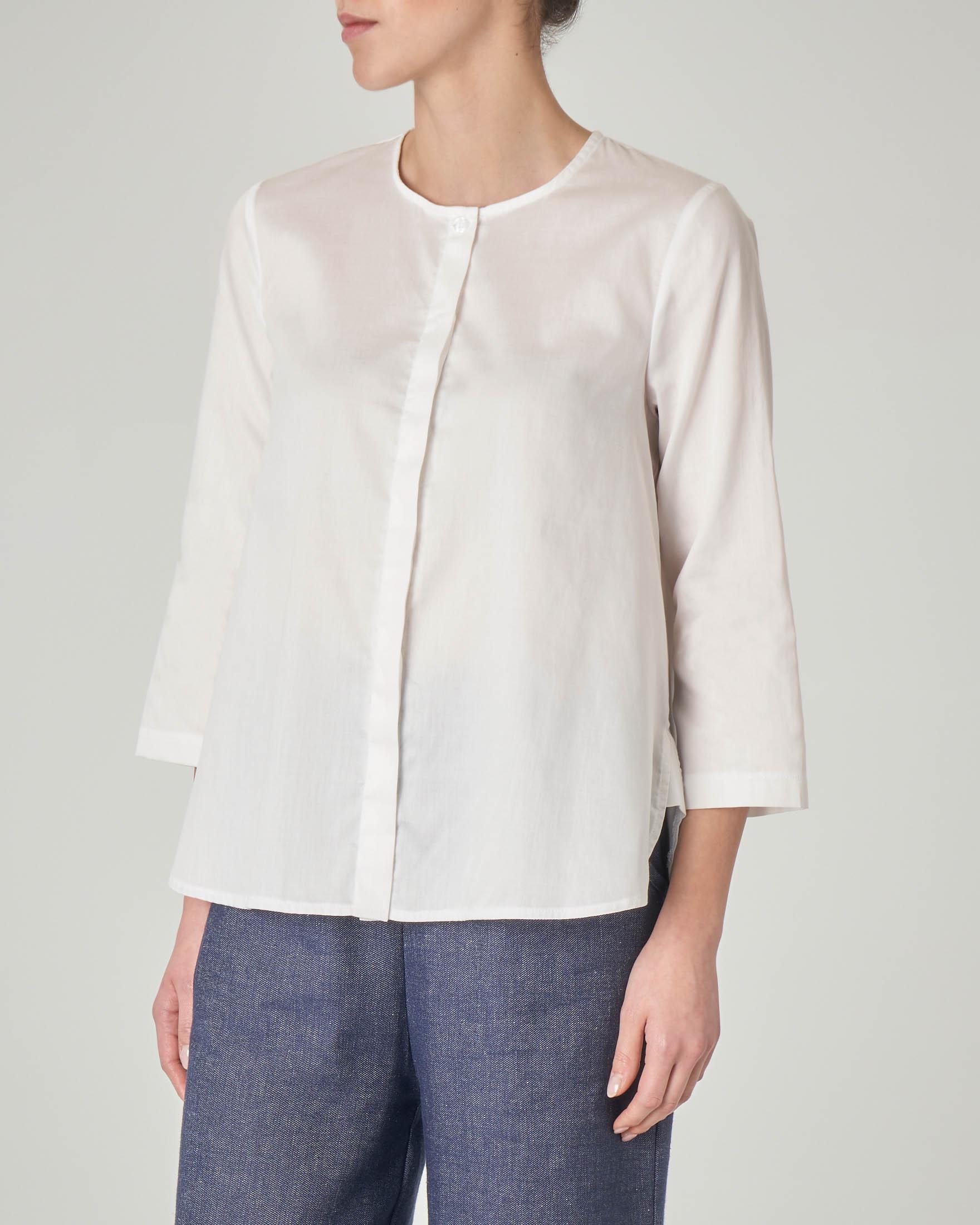 Camicia bianca senza collo in cotone con maniche tre quarti