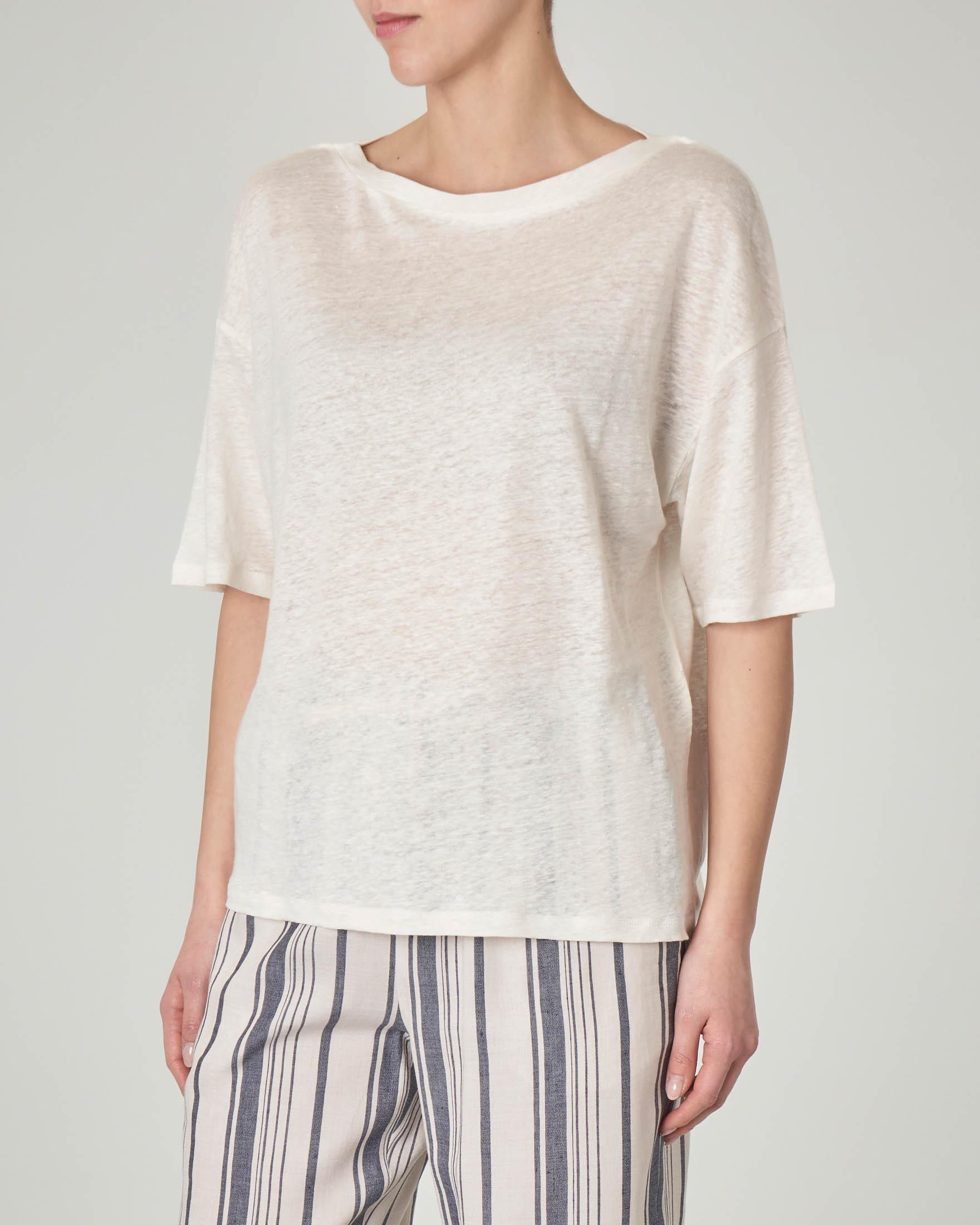 T-shirt bianca in lino con maniche tre quarti
