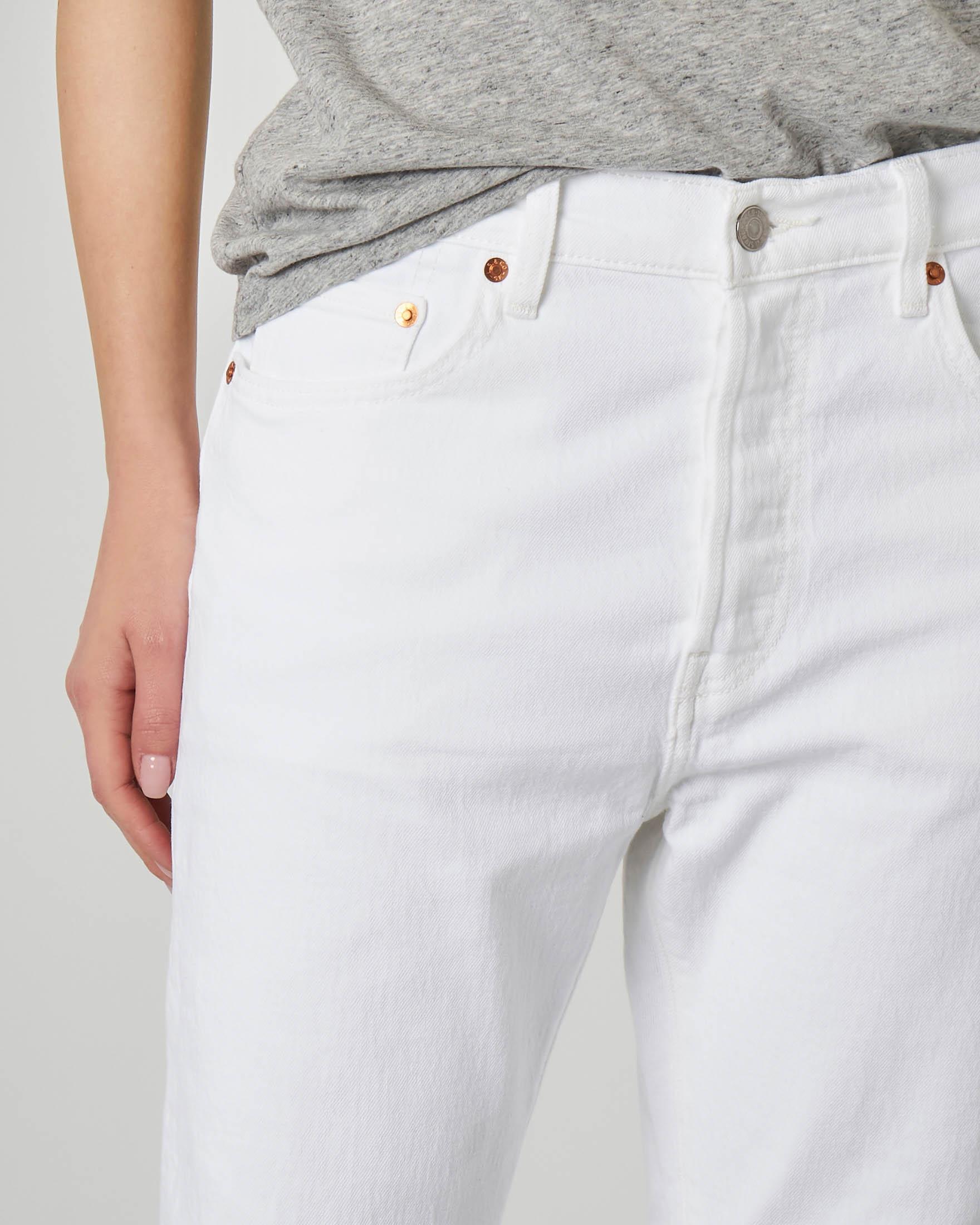 Jeans bianchi straight lunghezza sopra la caviglia