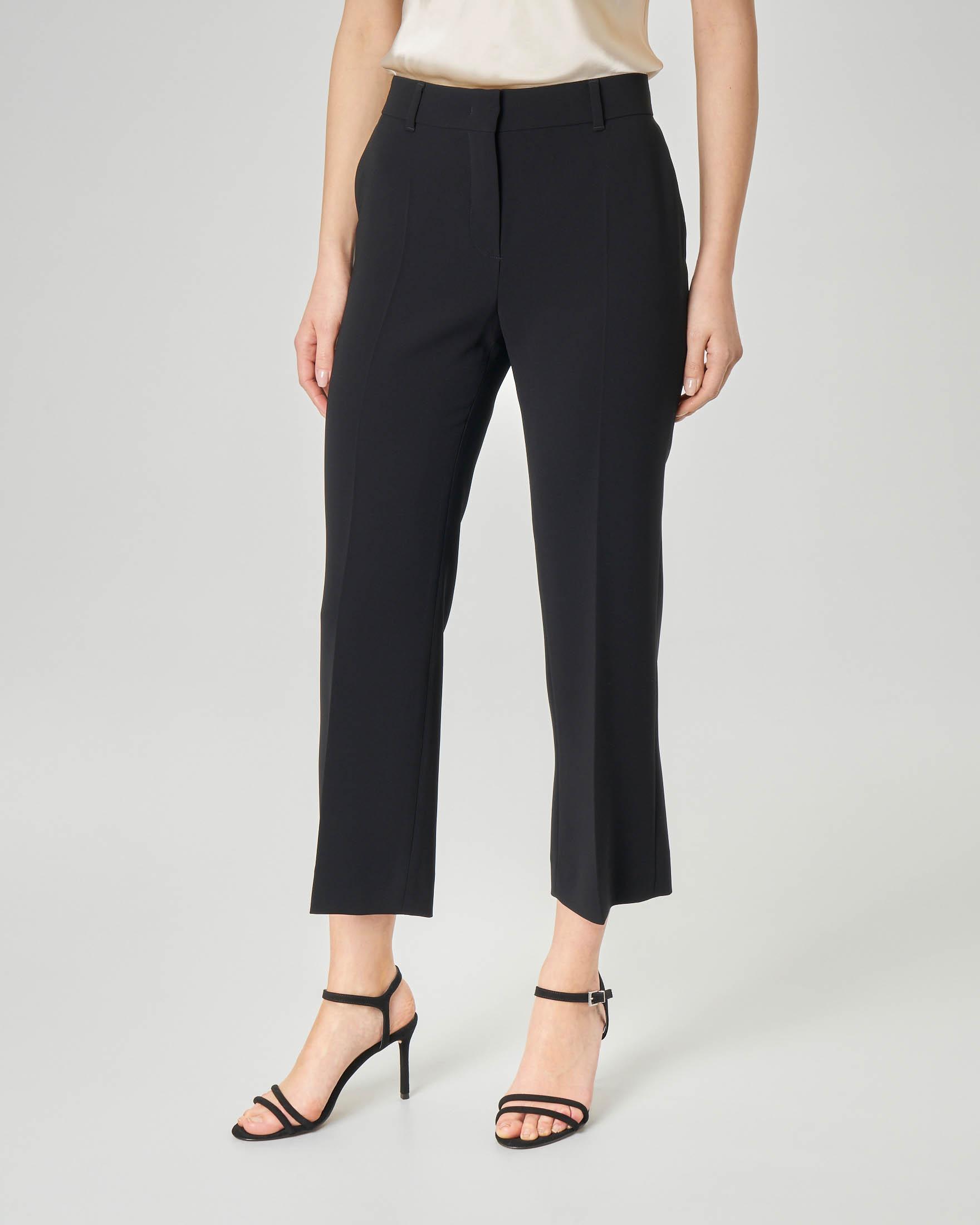 Pantaloni in cady neri dritti lunghezza sopra la caviglia