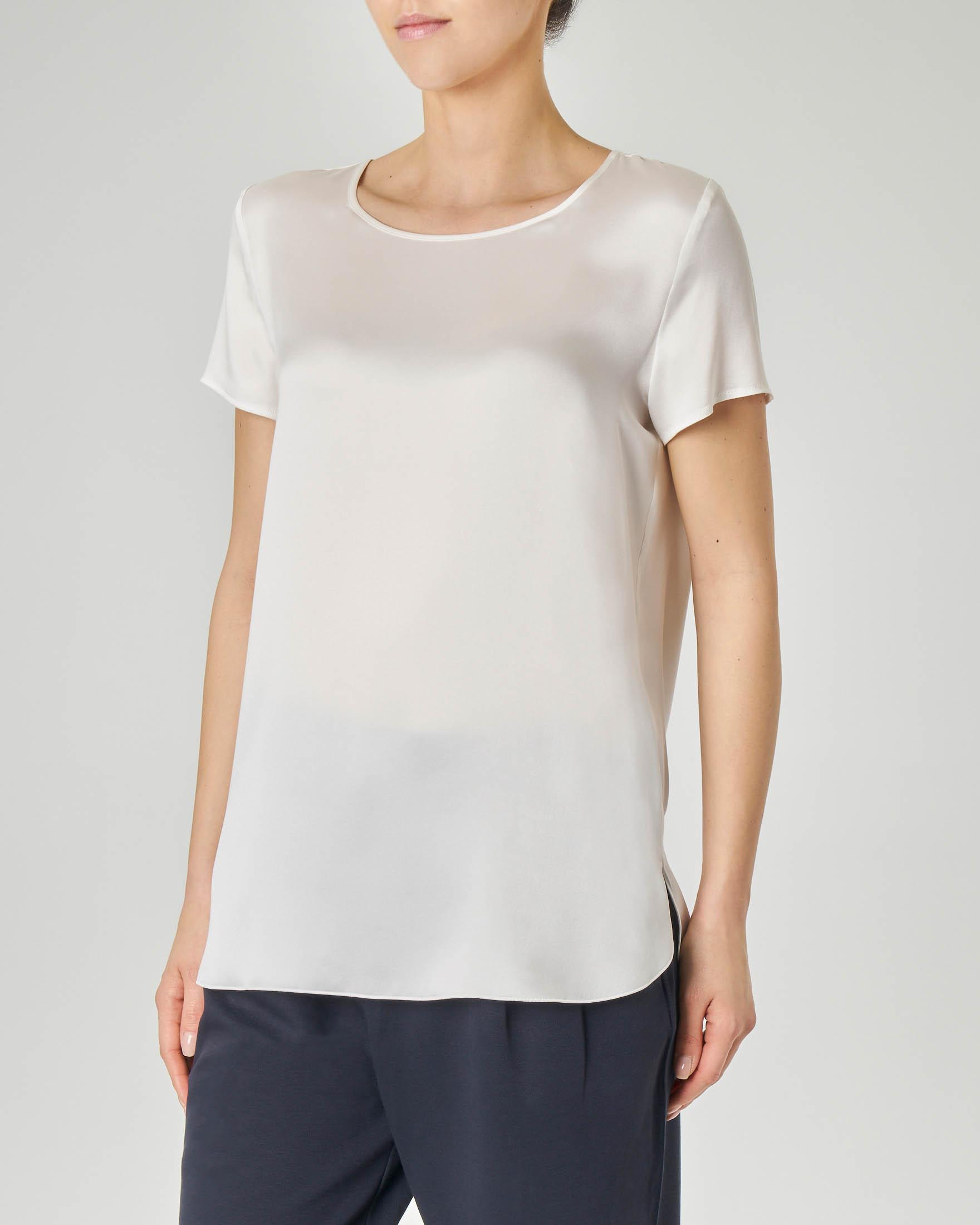 Blusa in crêpe seta bianca a maniche corte