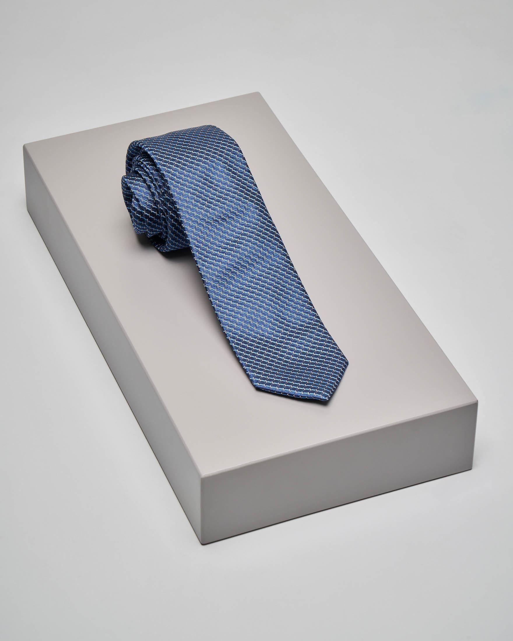 Cravatta blu indaco con micro-disegno jacquard