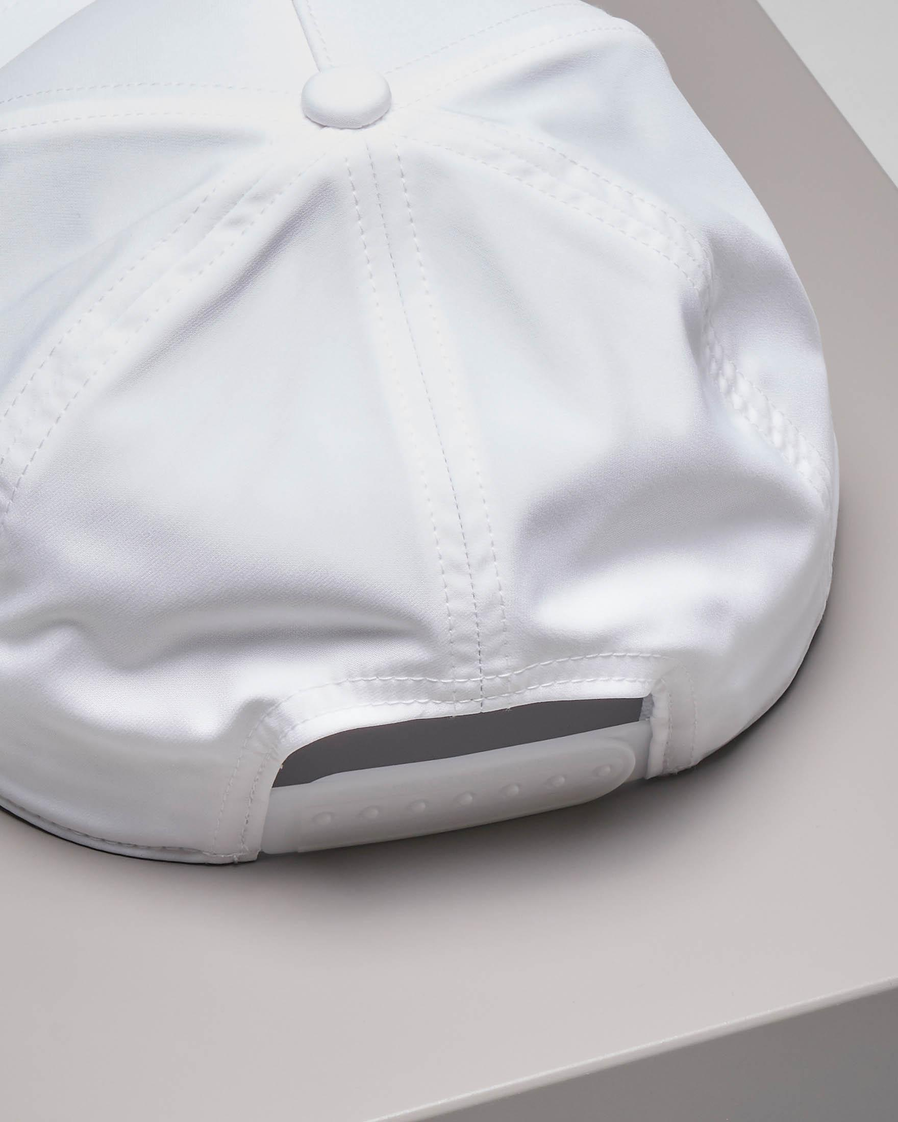 Berretto bianco con frontino