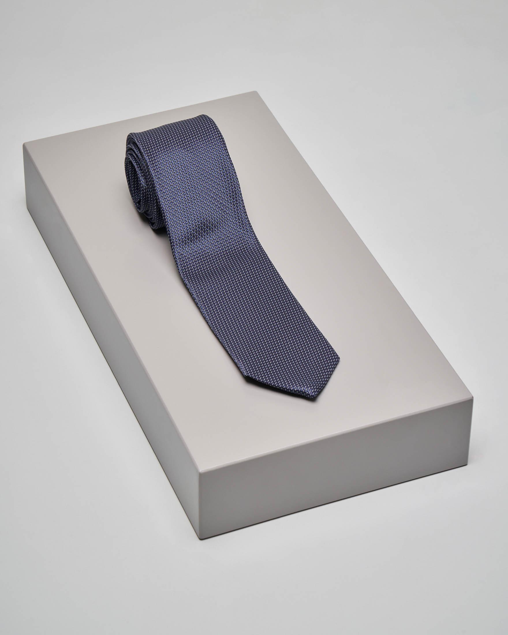 Cravatta blu con micro-disegno jacquard