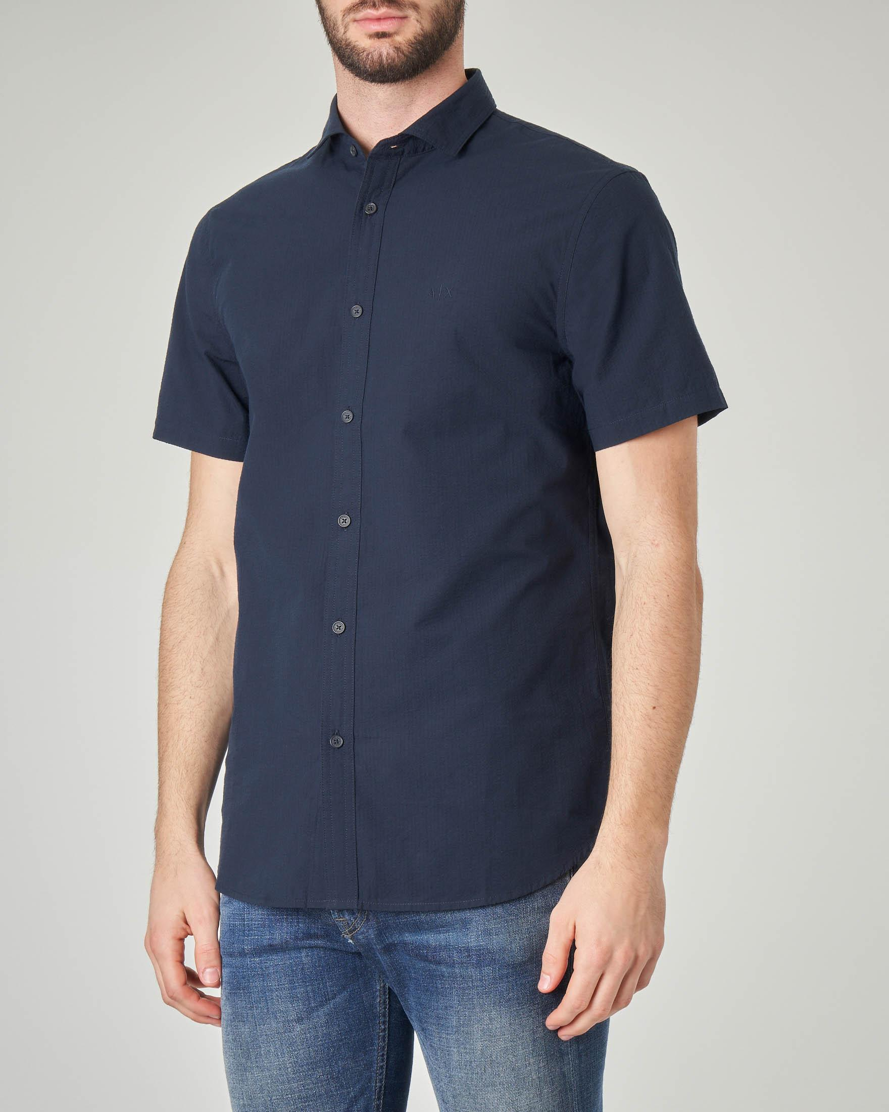Camicia blu mezza manica