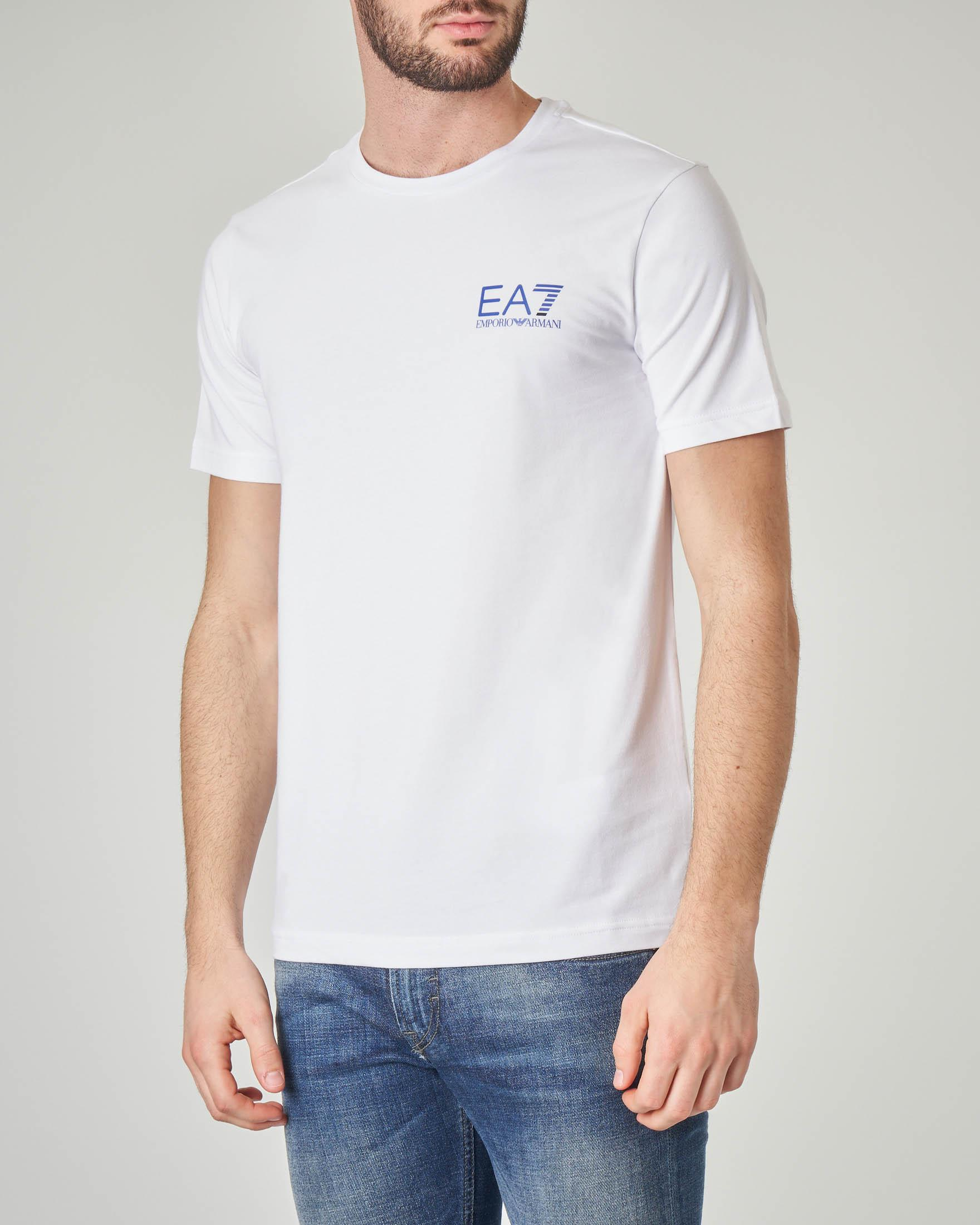 T-shirt bianca stretch con logo piccolo sul petto e logo verticale sul retro