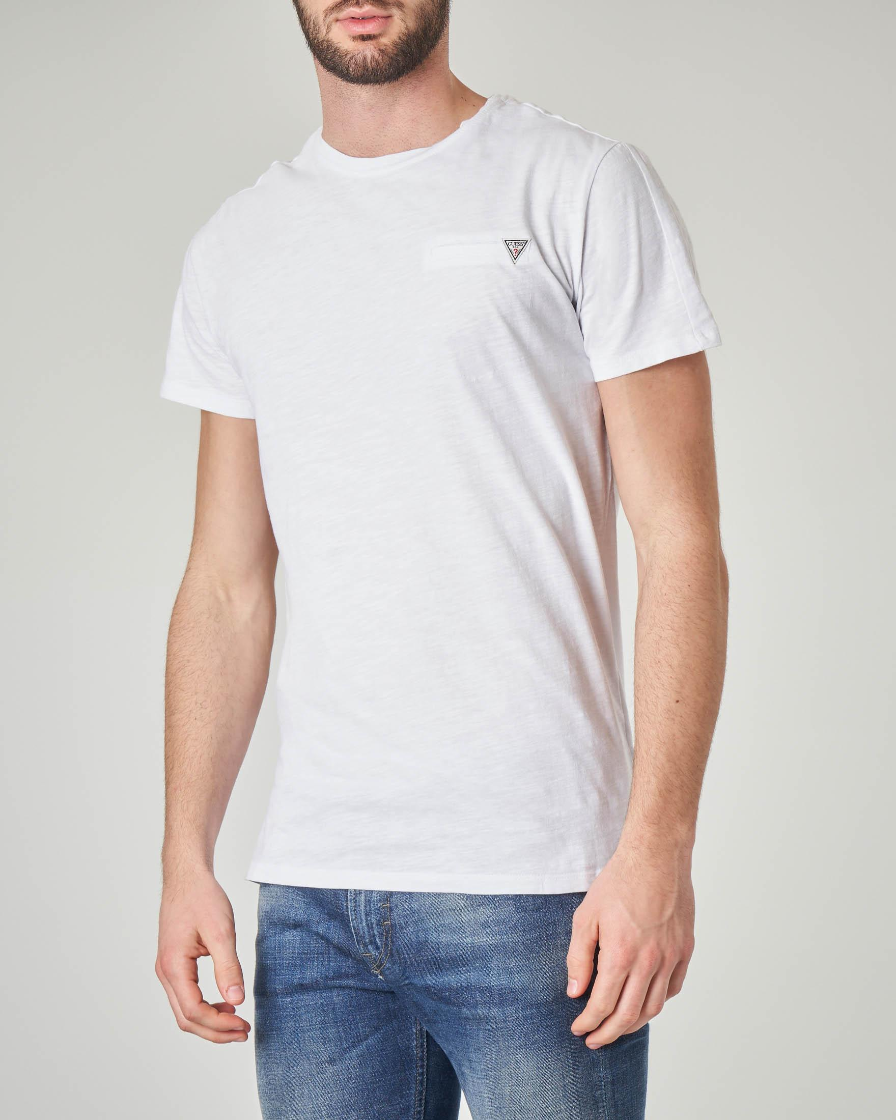 T-shirt bianca in cotone fiammato con finto taschino