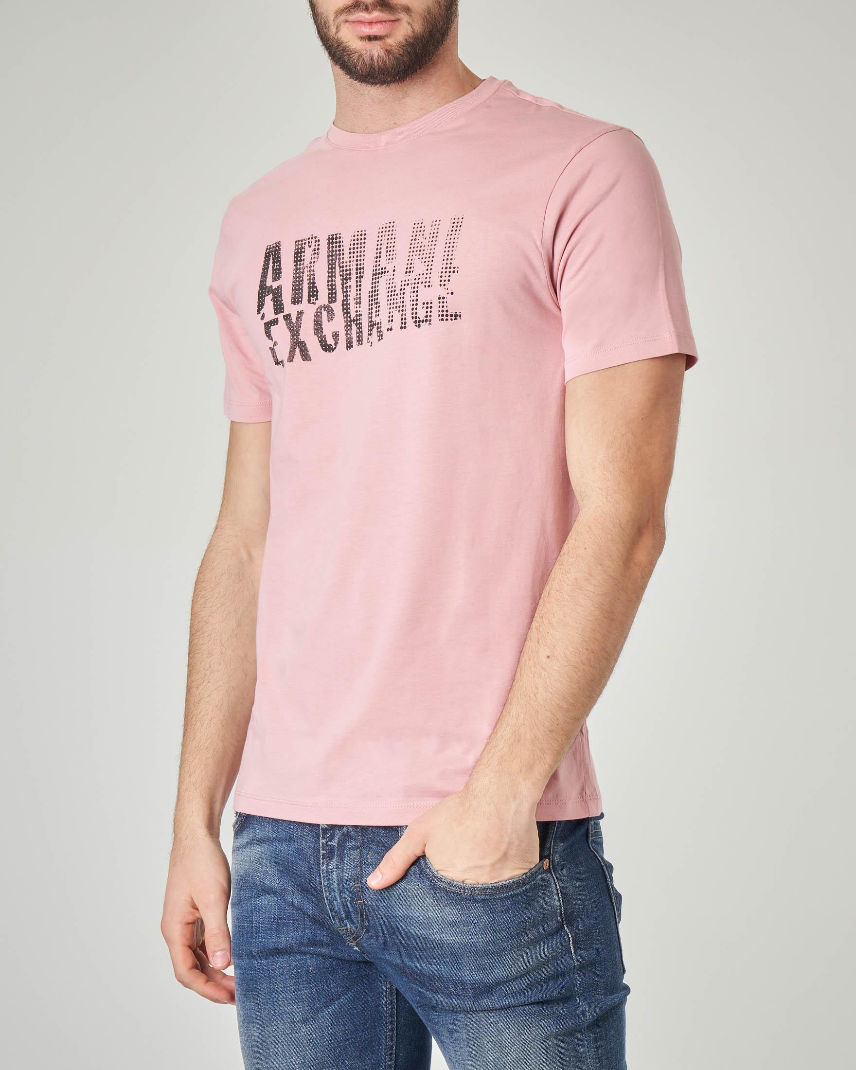 T-shirt rosa con logo sul fronte e sul retro