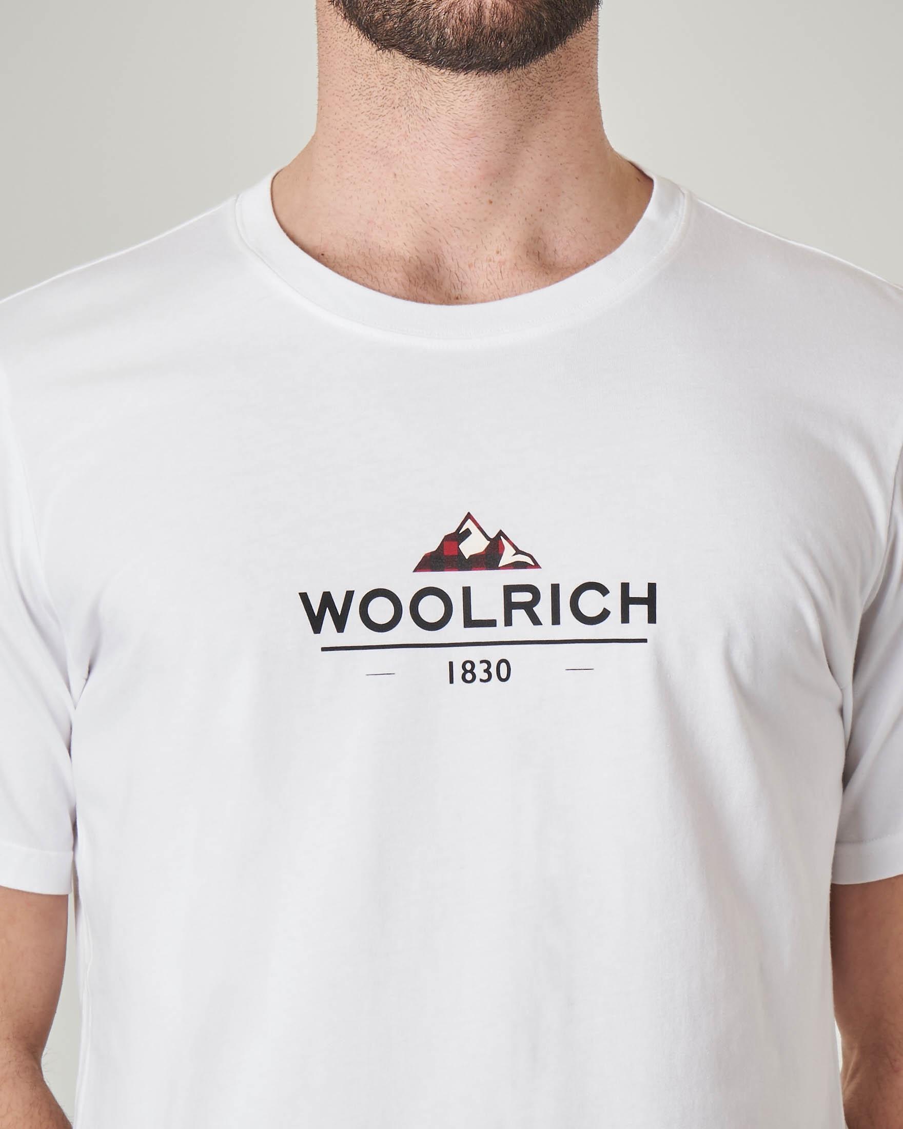 T-shirt bianca con logo stampato