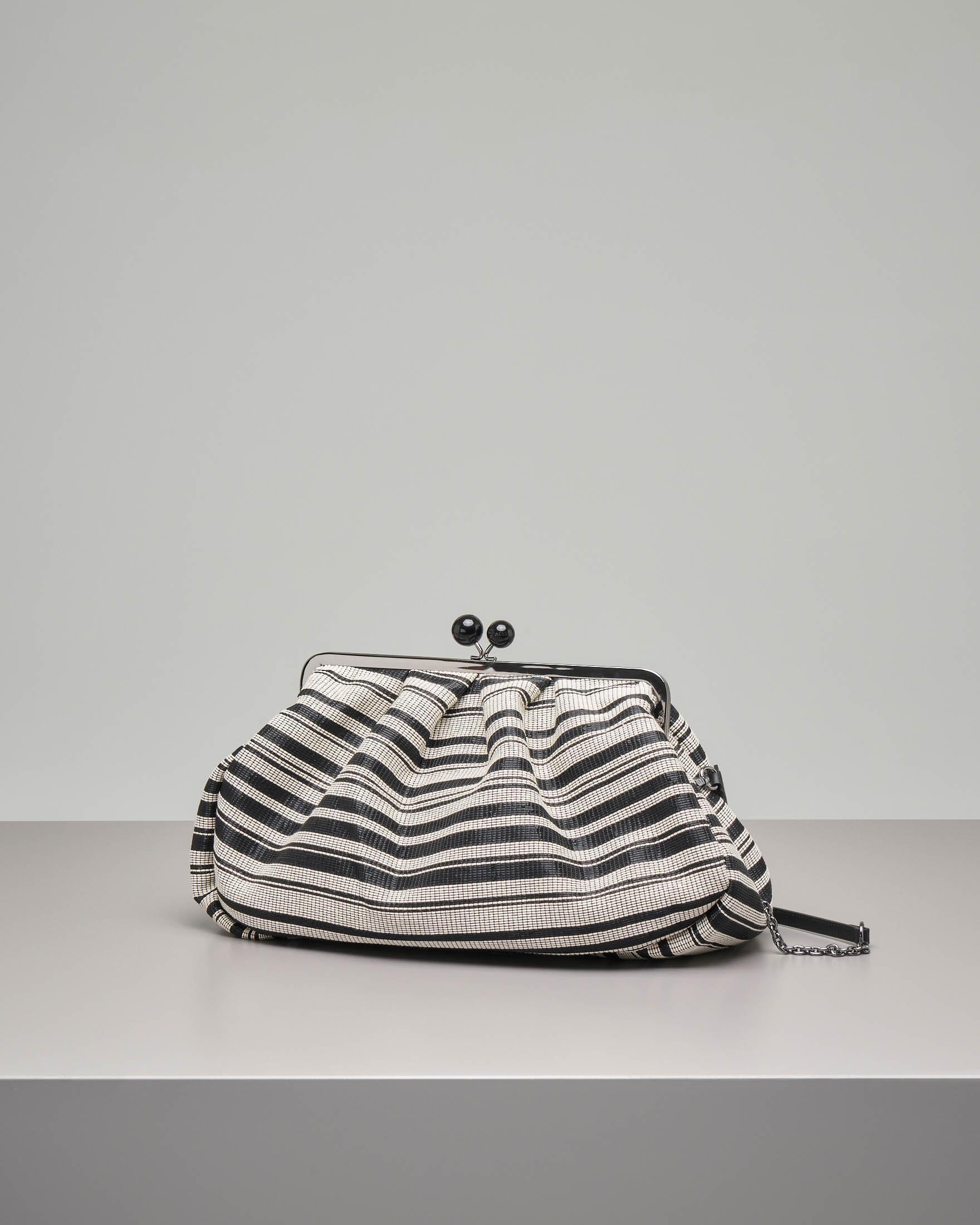 Pasticcino bag modello Madison in tessuto jacquard a righe bianche e nero effetto rafia