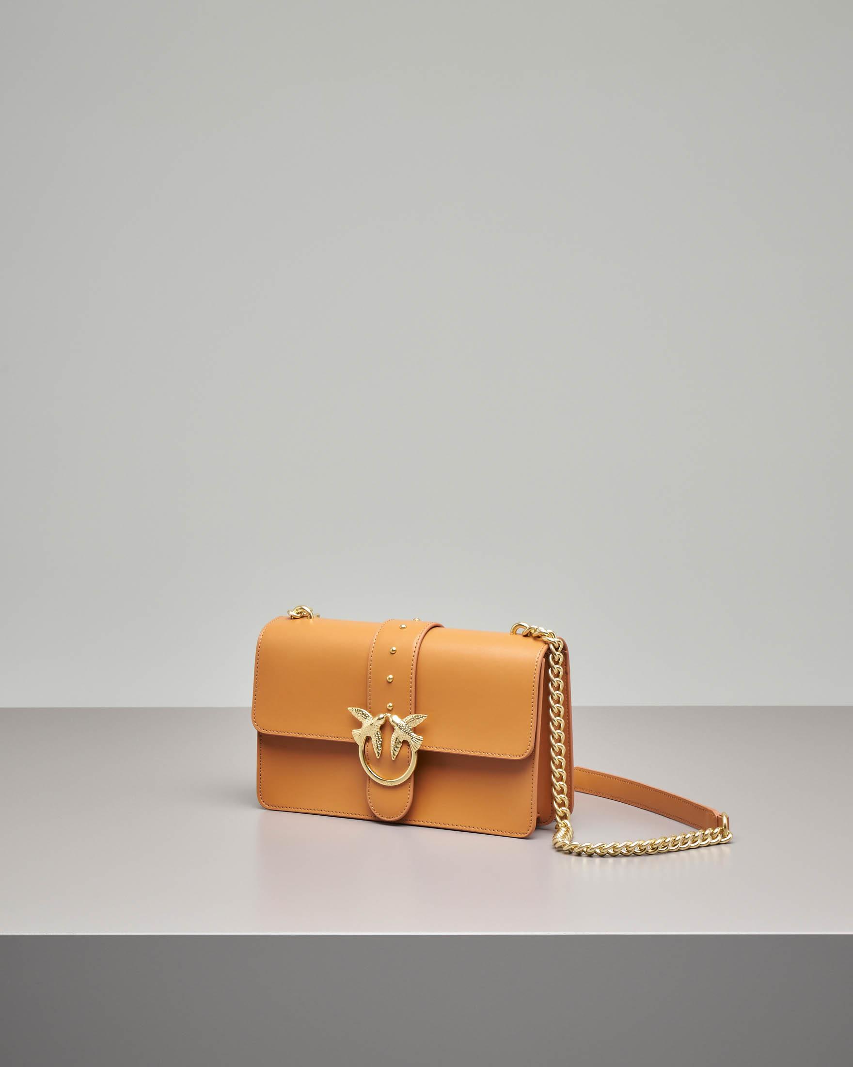 Love Bag color cuoio in vera pelle con tracolla a catena
