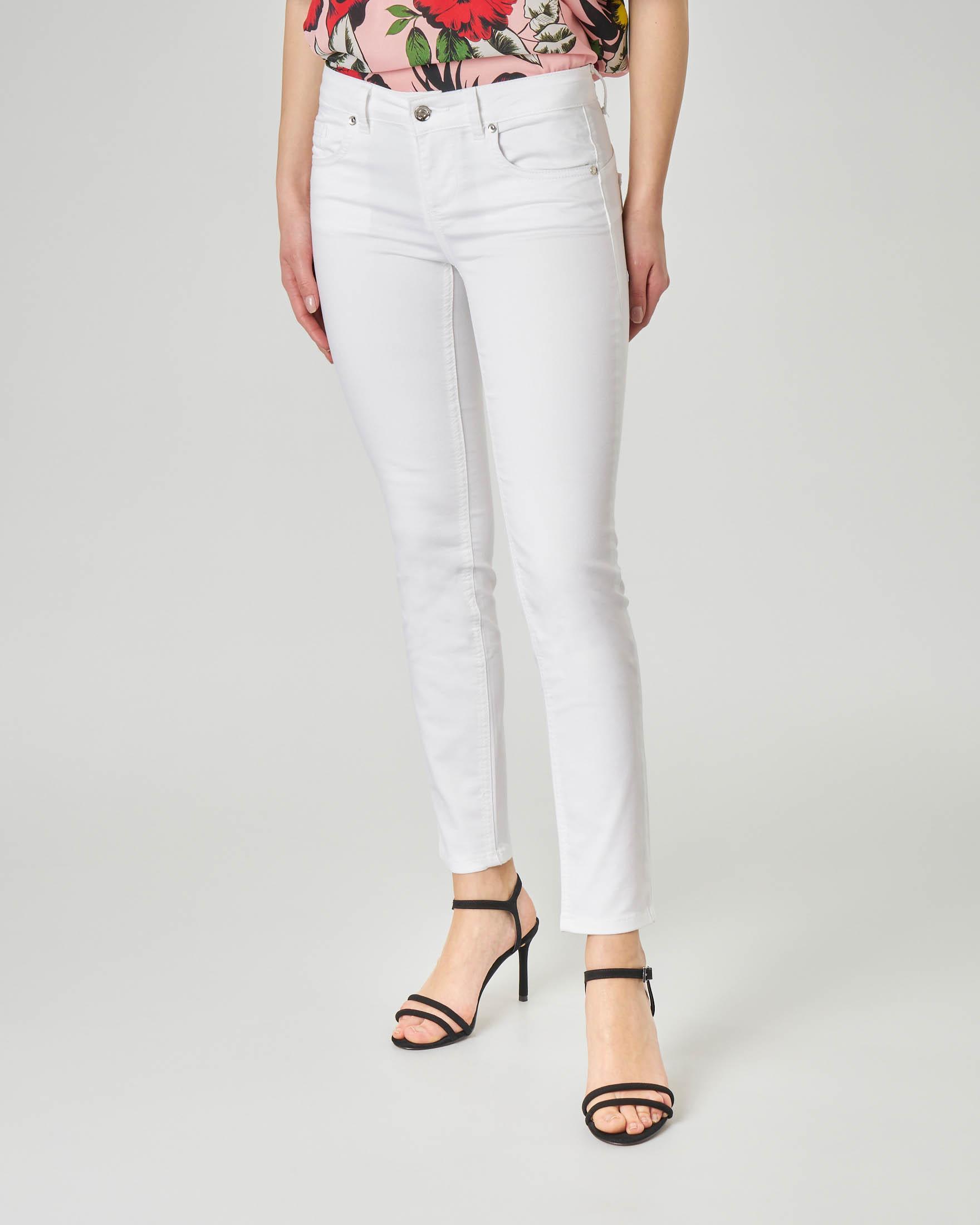 Pantalone cinque tasche bianchi in cotone elasticizzato vestibilità skinny