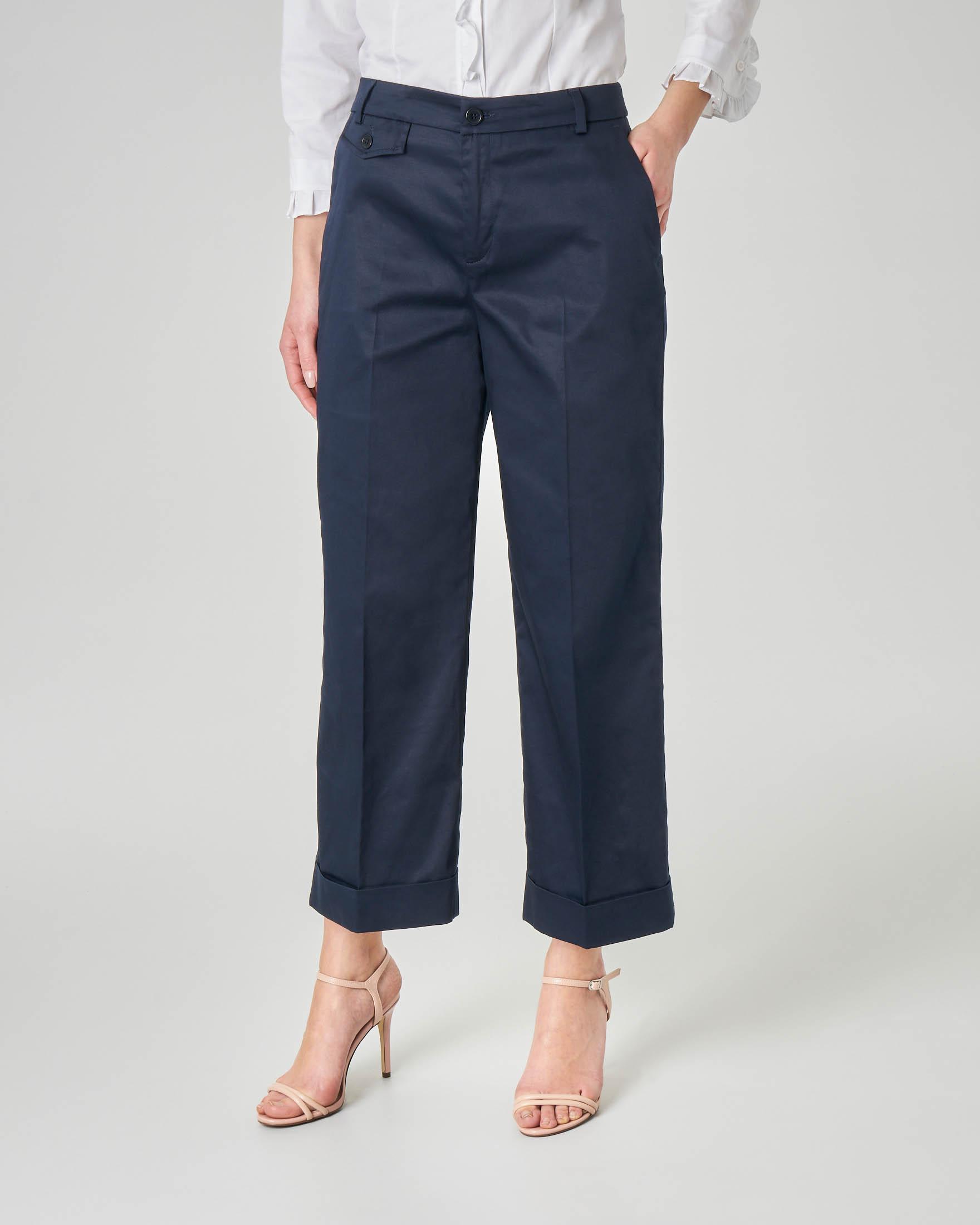 Pantaloni culotte in cotone elasticizzato blu con risvolto