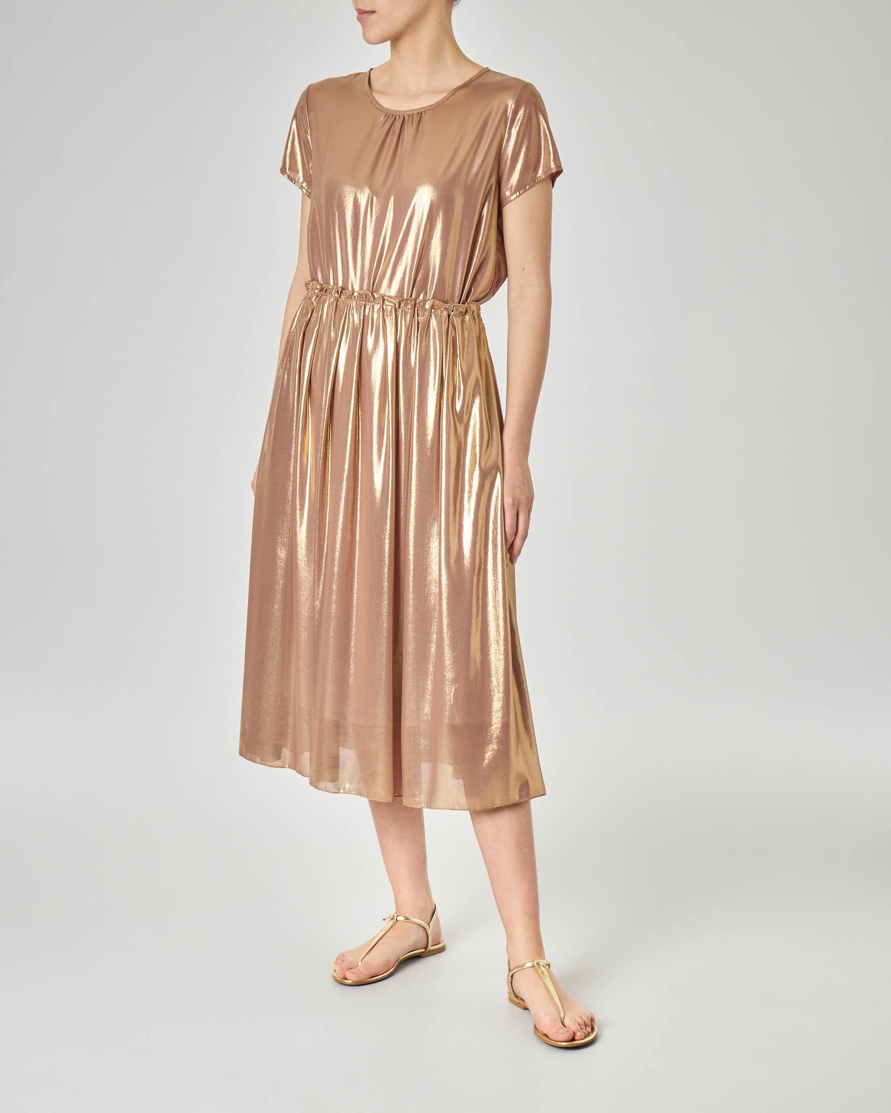 Blusa girocollo in tessuto oro effetto laminato