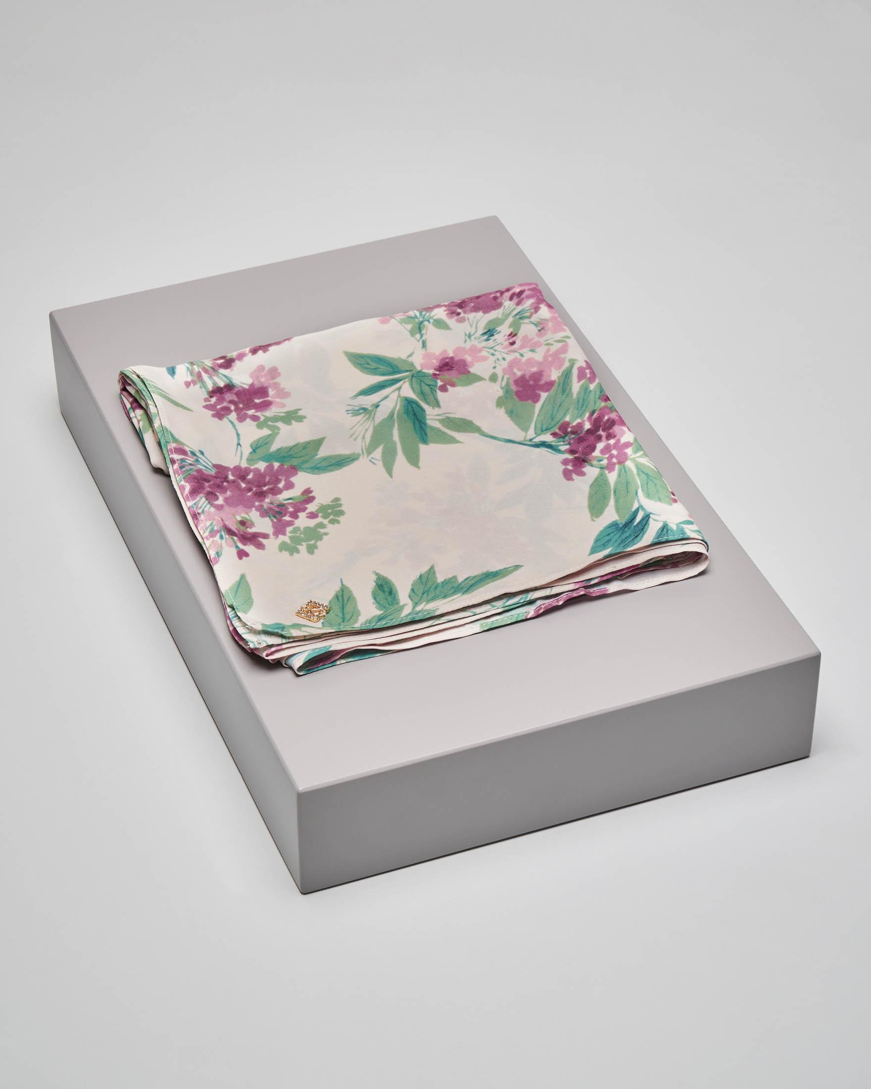 Stola avorio a stampa floreale in tessuto effetto chiffon di seta