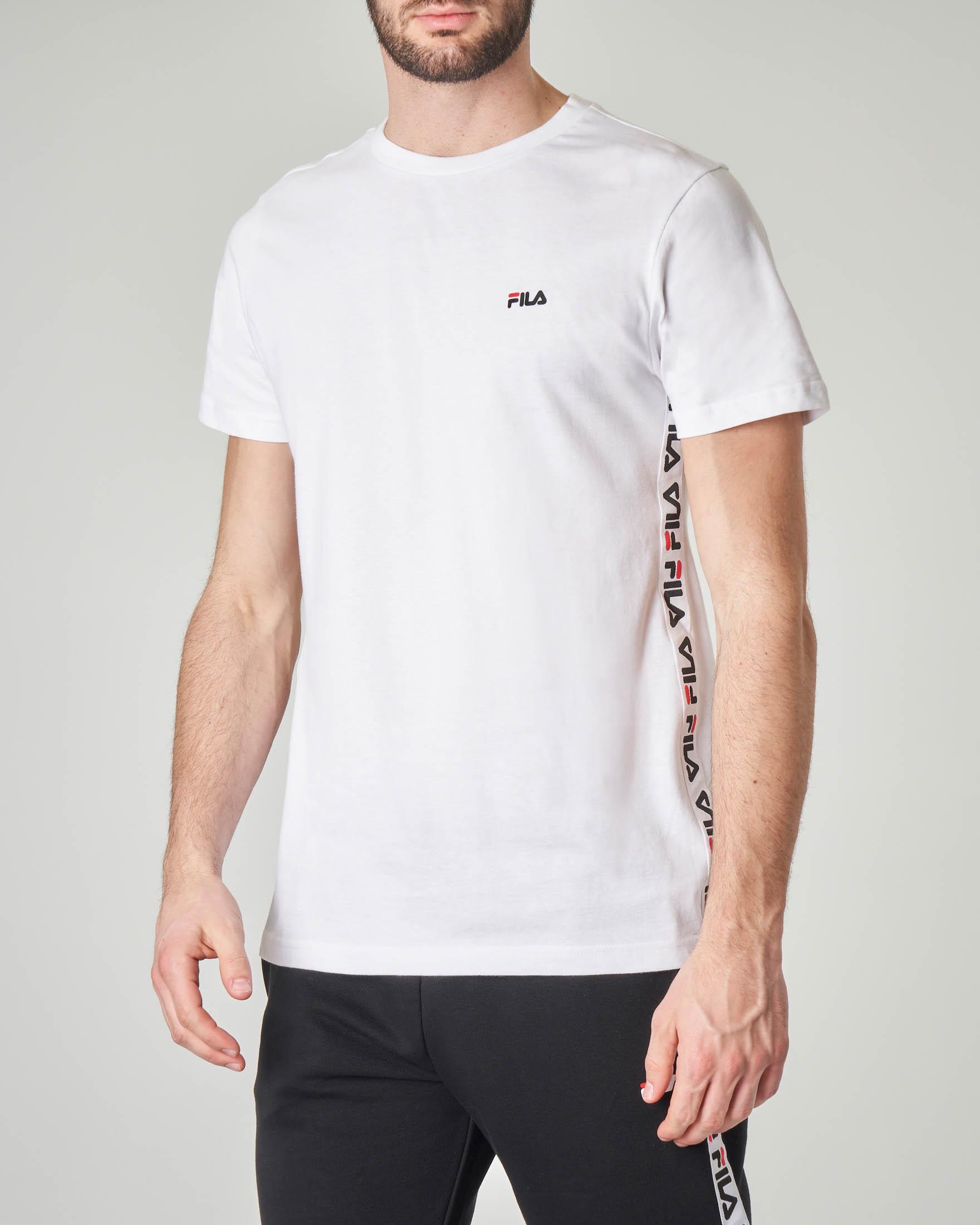 T-shirt bianca con banda logata