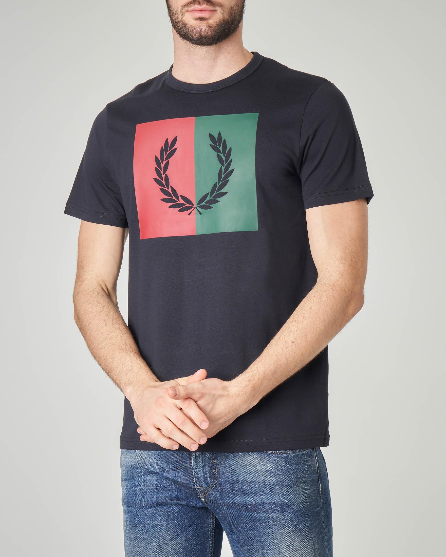 T-shirt blu con maxi-logo stampato
