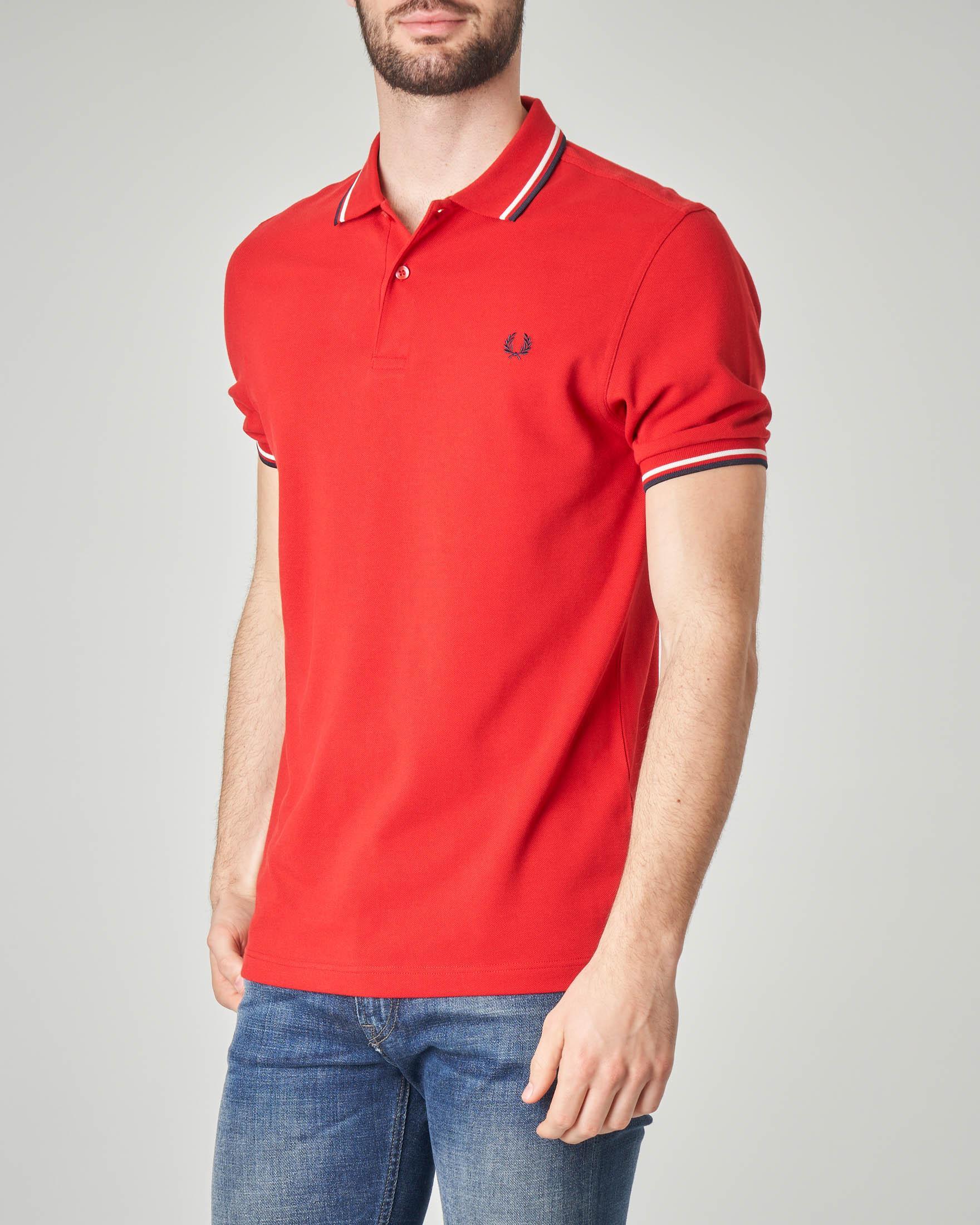 Polo rossa con bordino blu e bianco