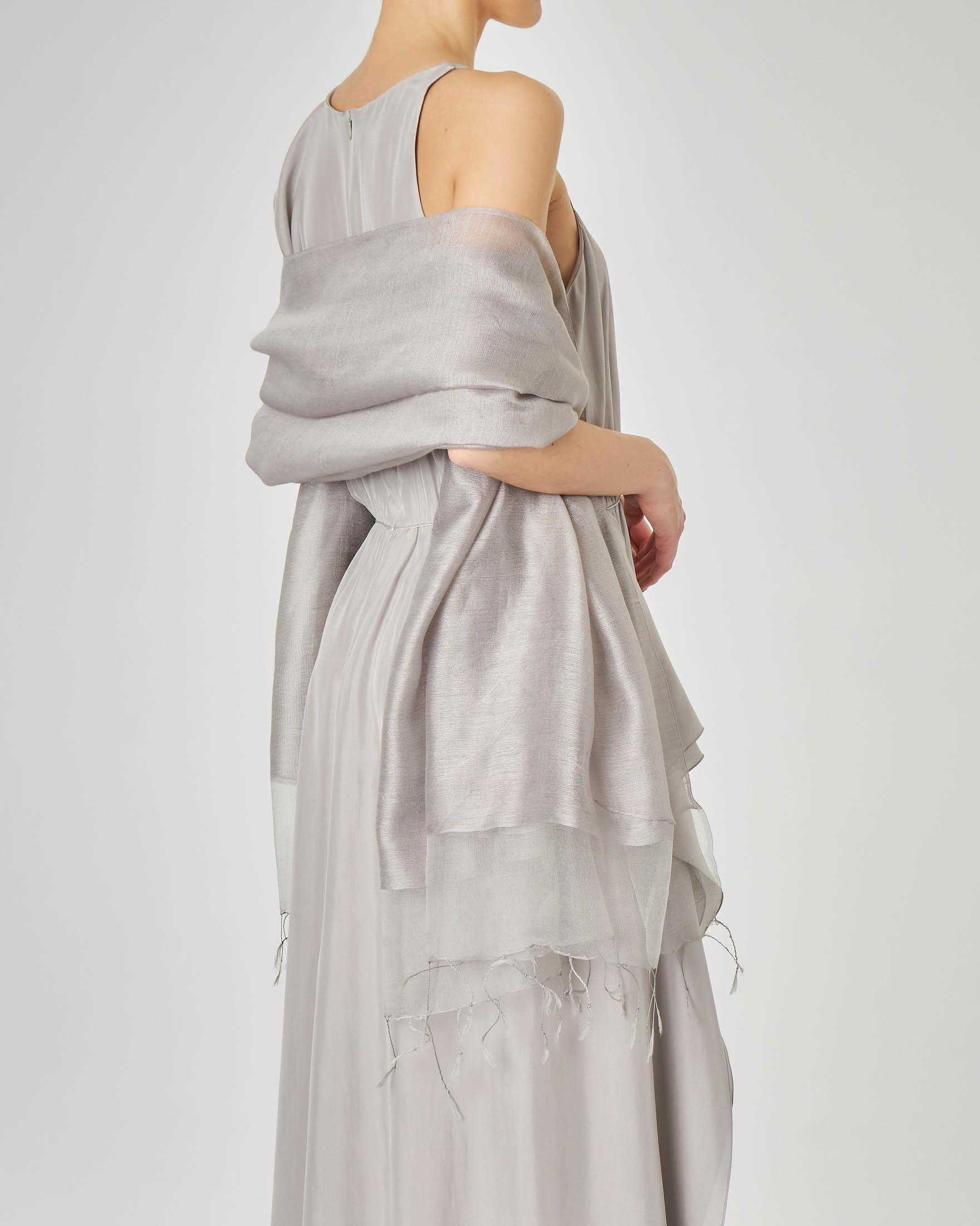 Stola in garza di viscosa grigia misto seta con fascia in tonalità più chiara