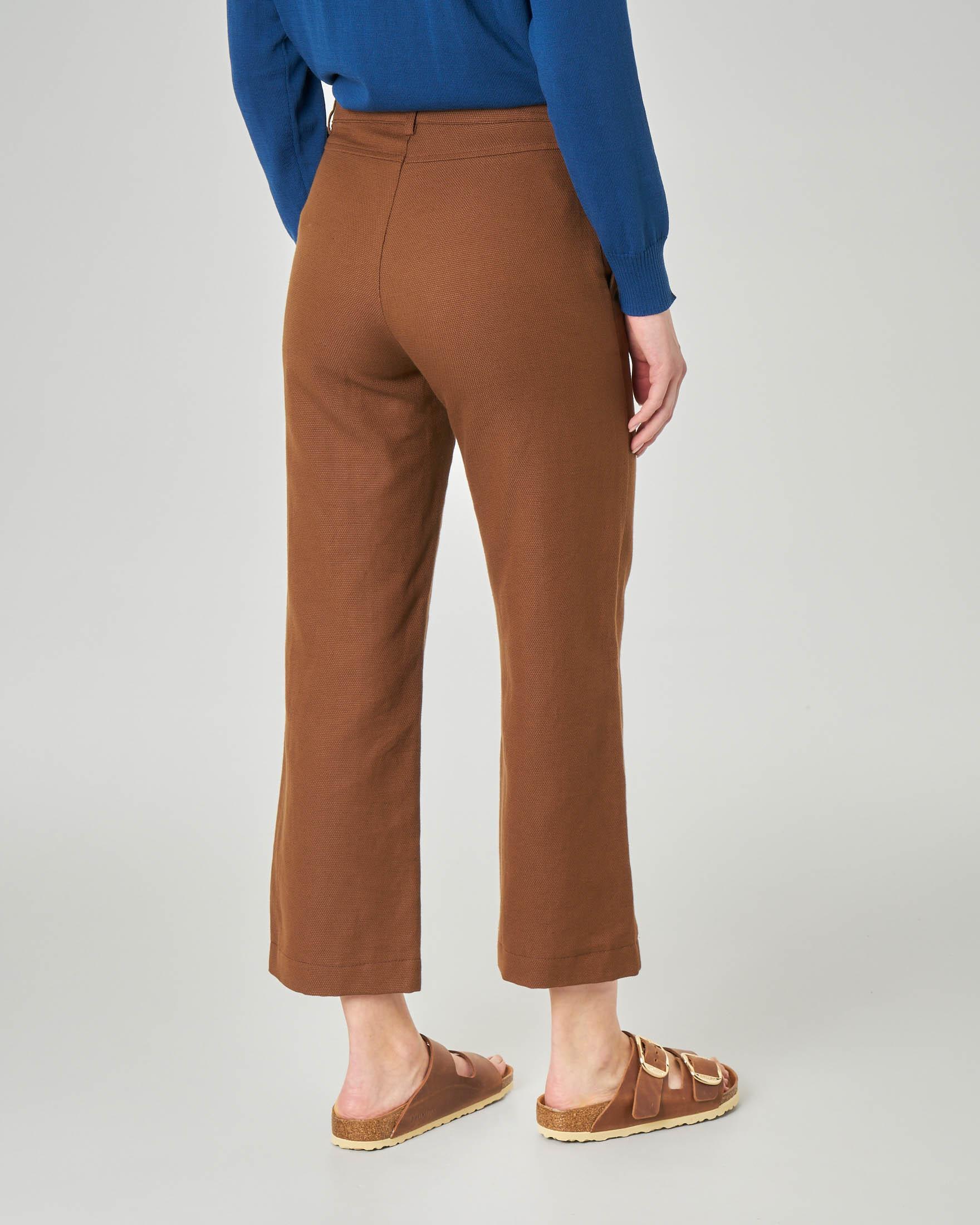 Pantaloni dritti color cuoio in cotone misto lino