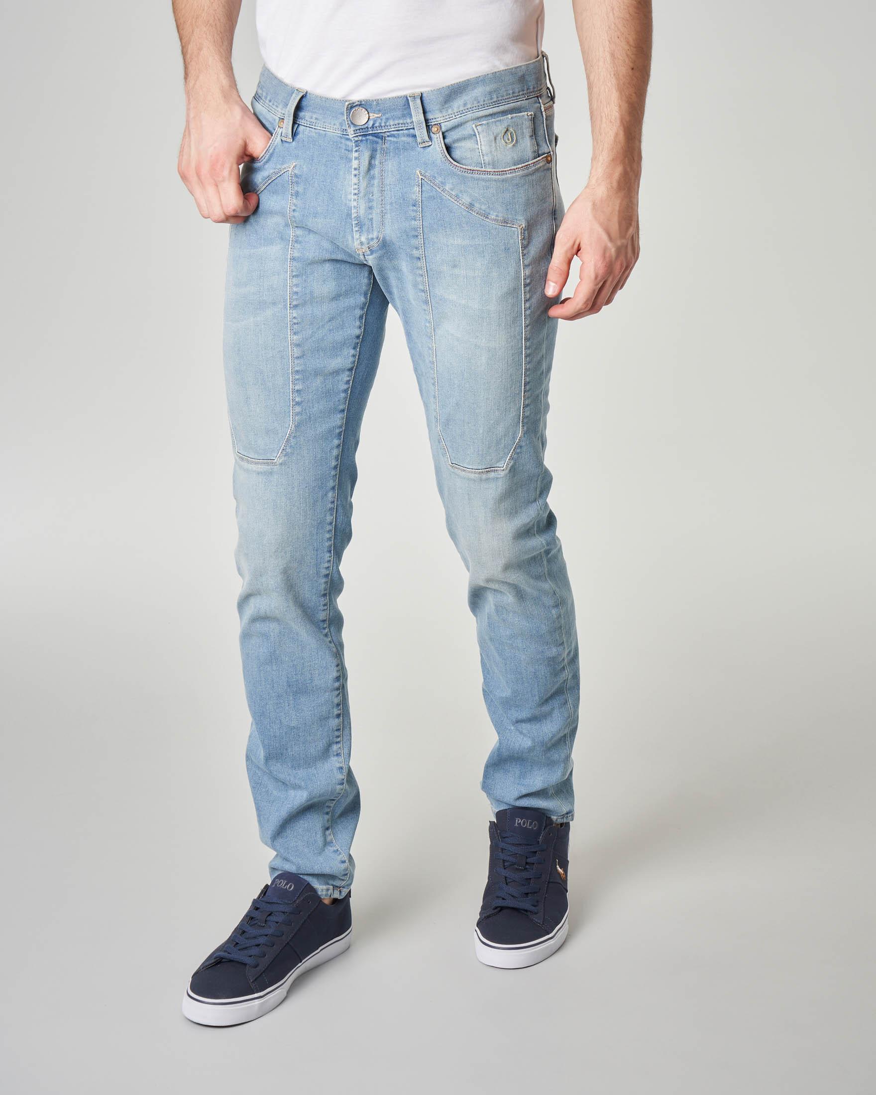 Jeans PA77 con toppa lavaggio bleach