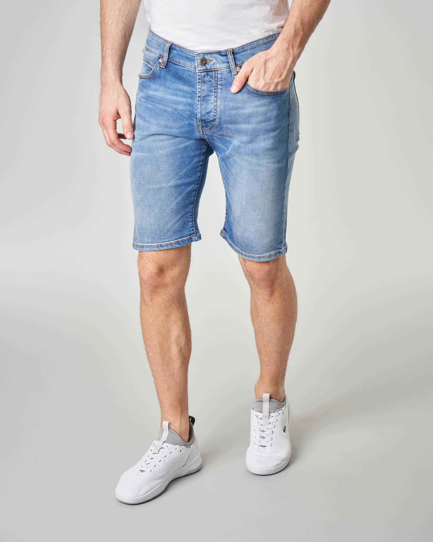 Bermuda in denim lavaggio super stone wash