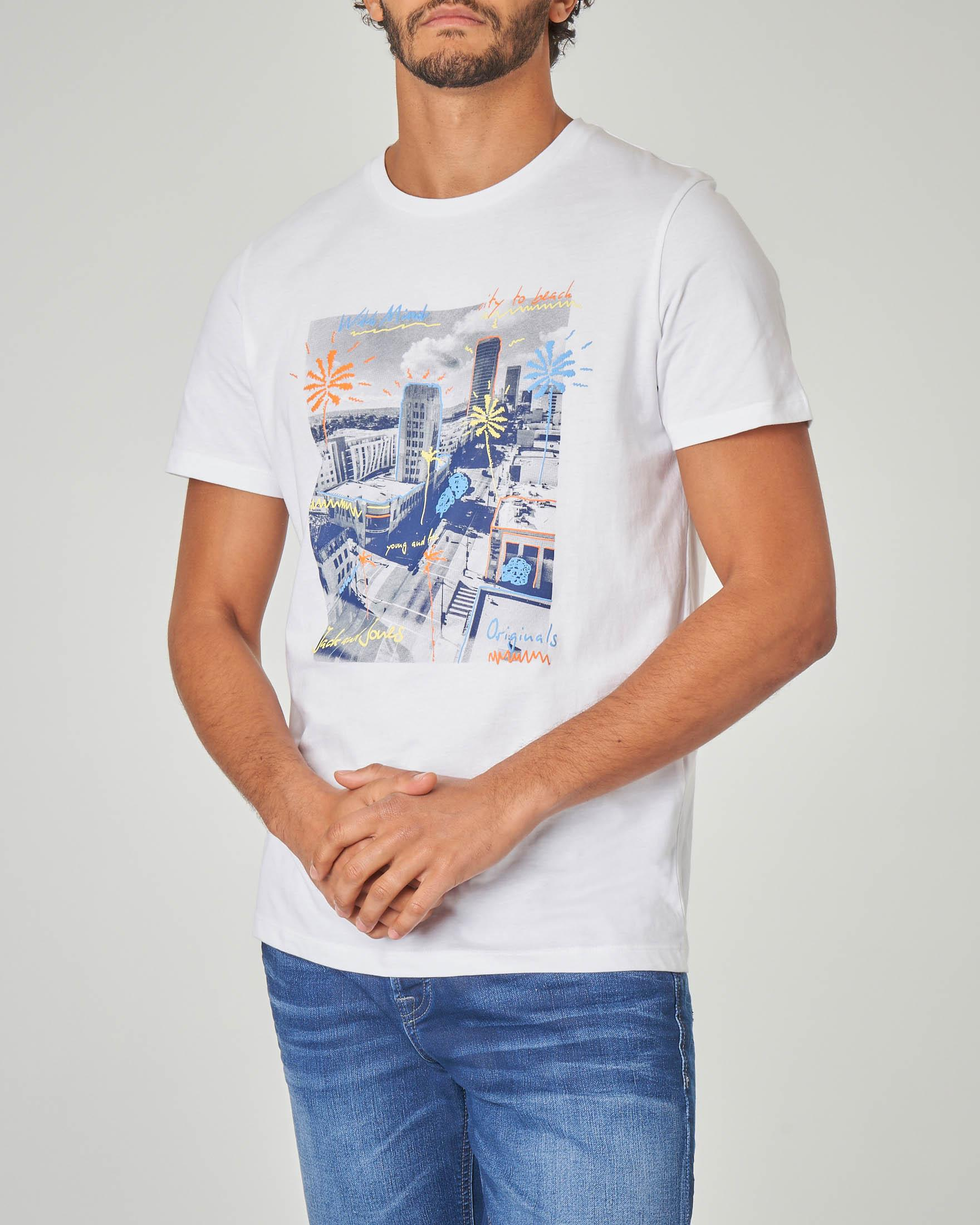 T-shirt bianca con stampa grafica