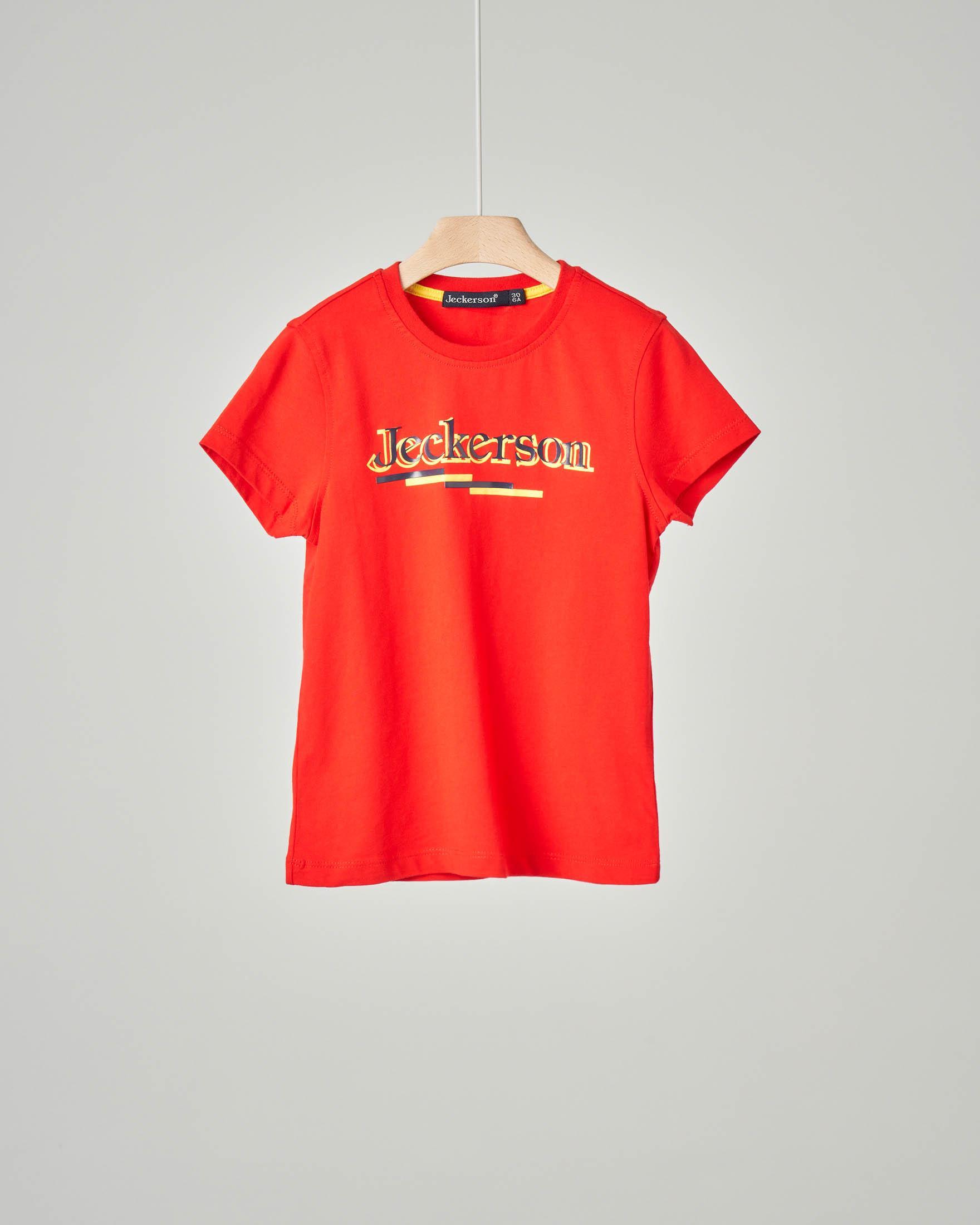 T-shirt rossa con logo stampato