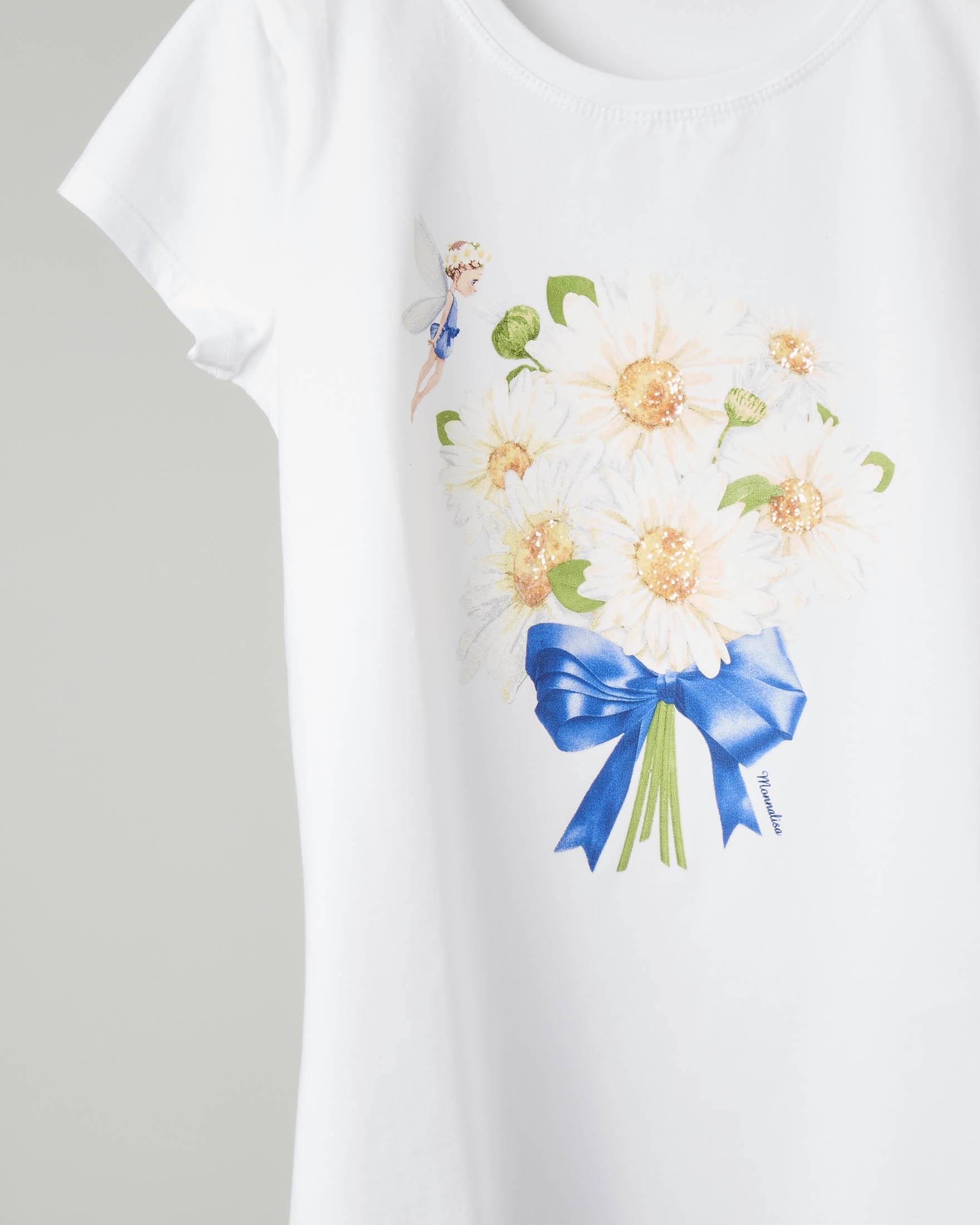 T-shirt bianca con stampa bouquet di margherite