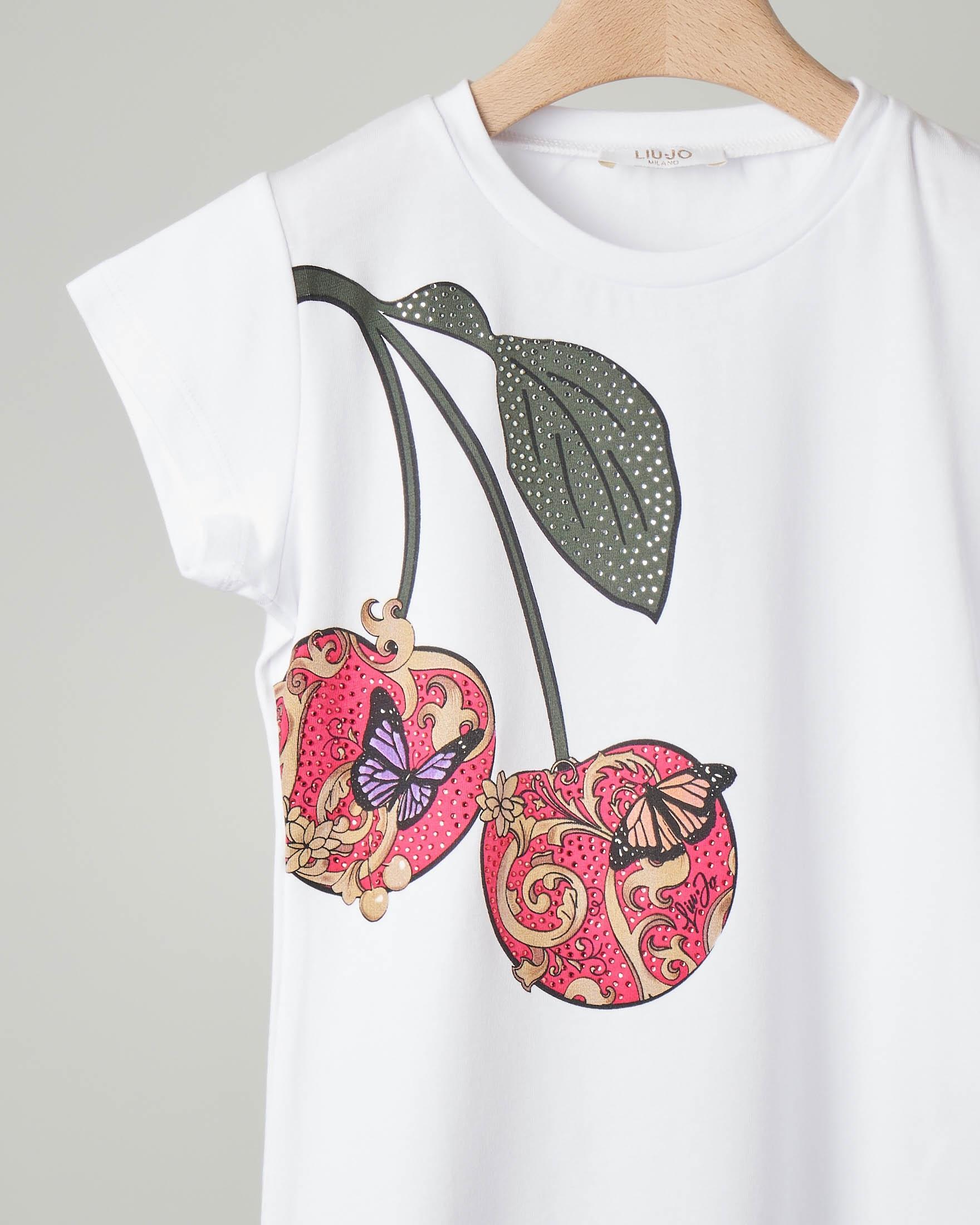 T-shirt bianca con maniche corte e stampa ciliegie con strass applicati
