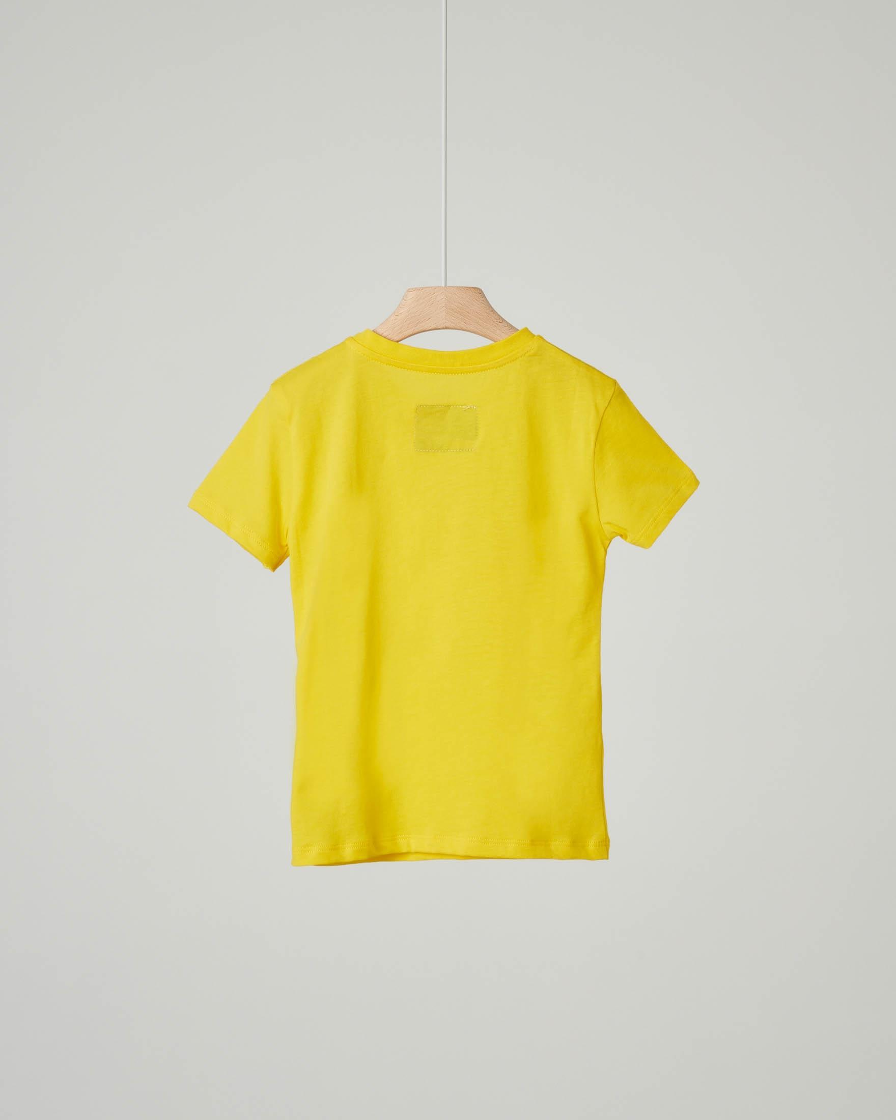 T-shirt gialla con stampa bandiera USA e logo