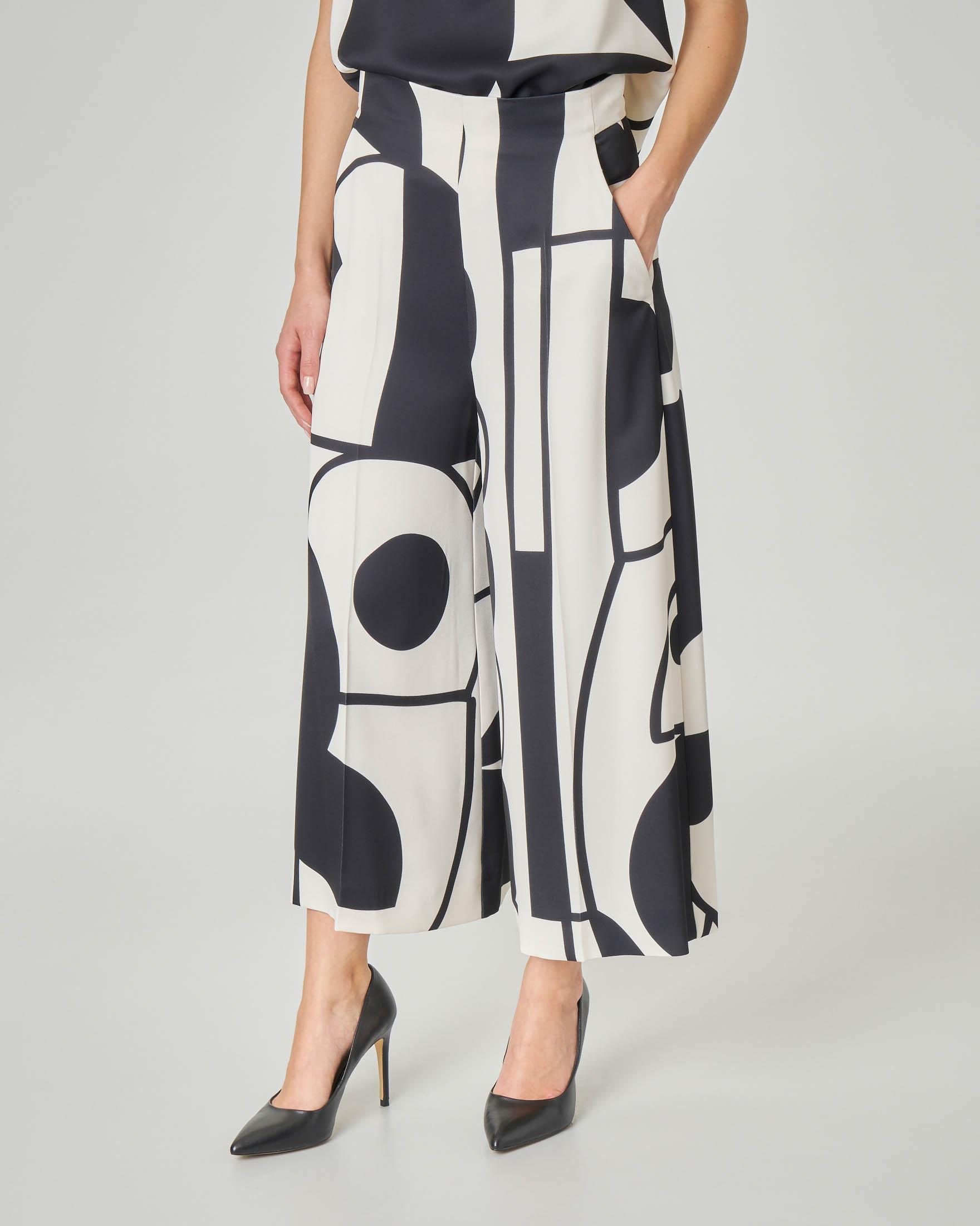 Pantaloni culotte LW x ART. 365 in crêpe a fantasia grafica in bianco e nero