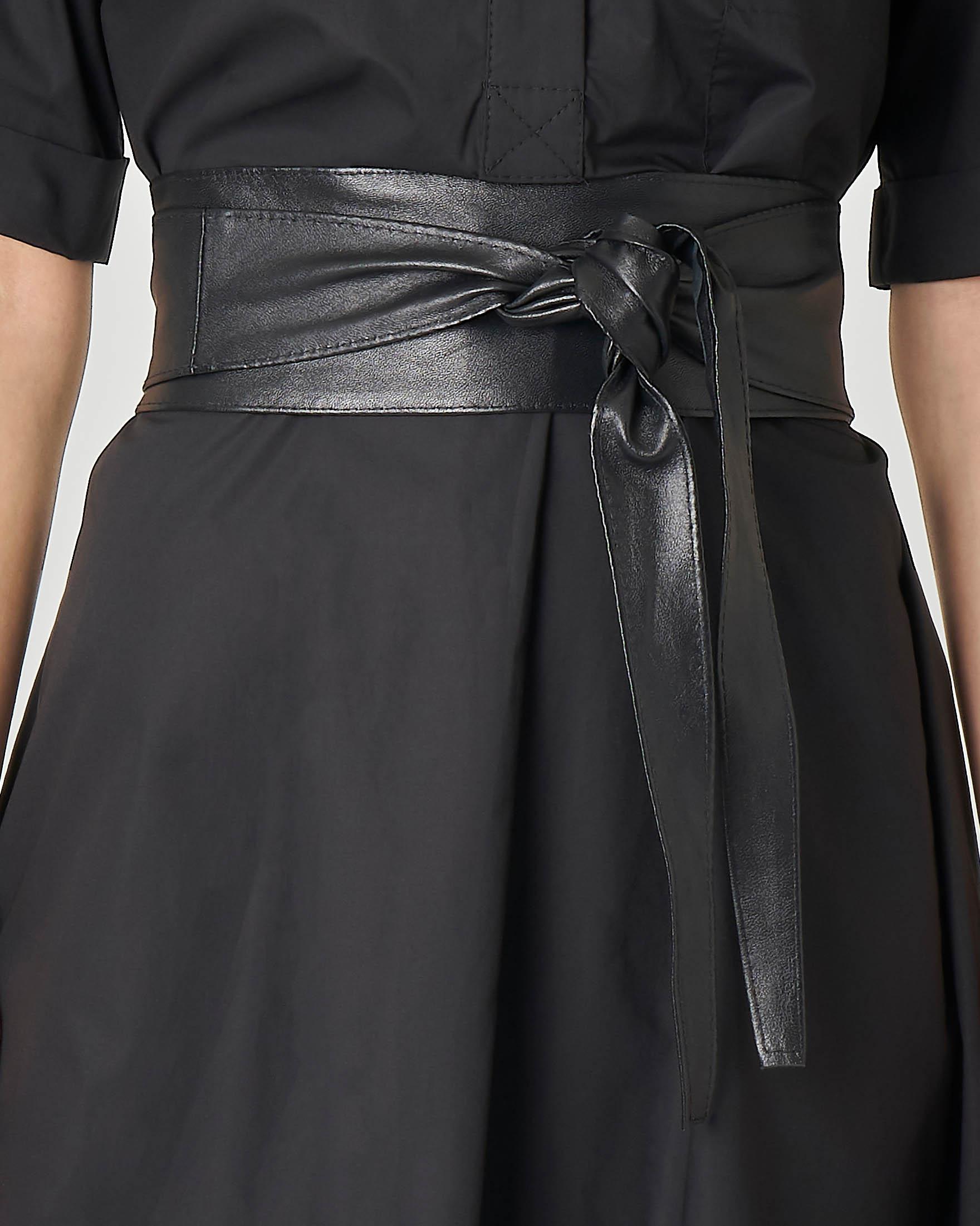 Cintura nera in pelle a fusciacca