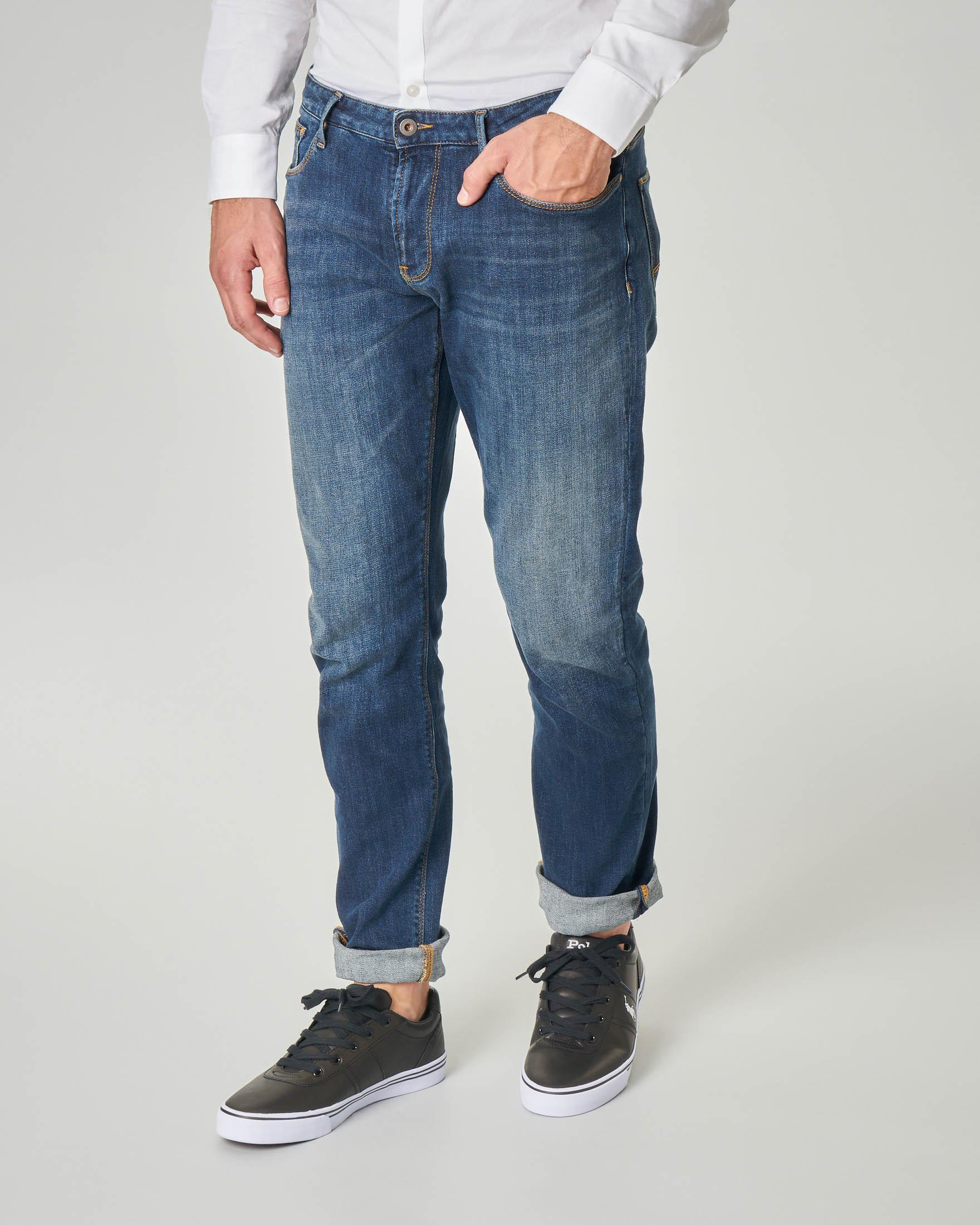 Jeans J06 slim-fit lavaggio stone wash