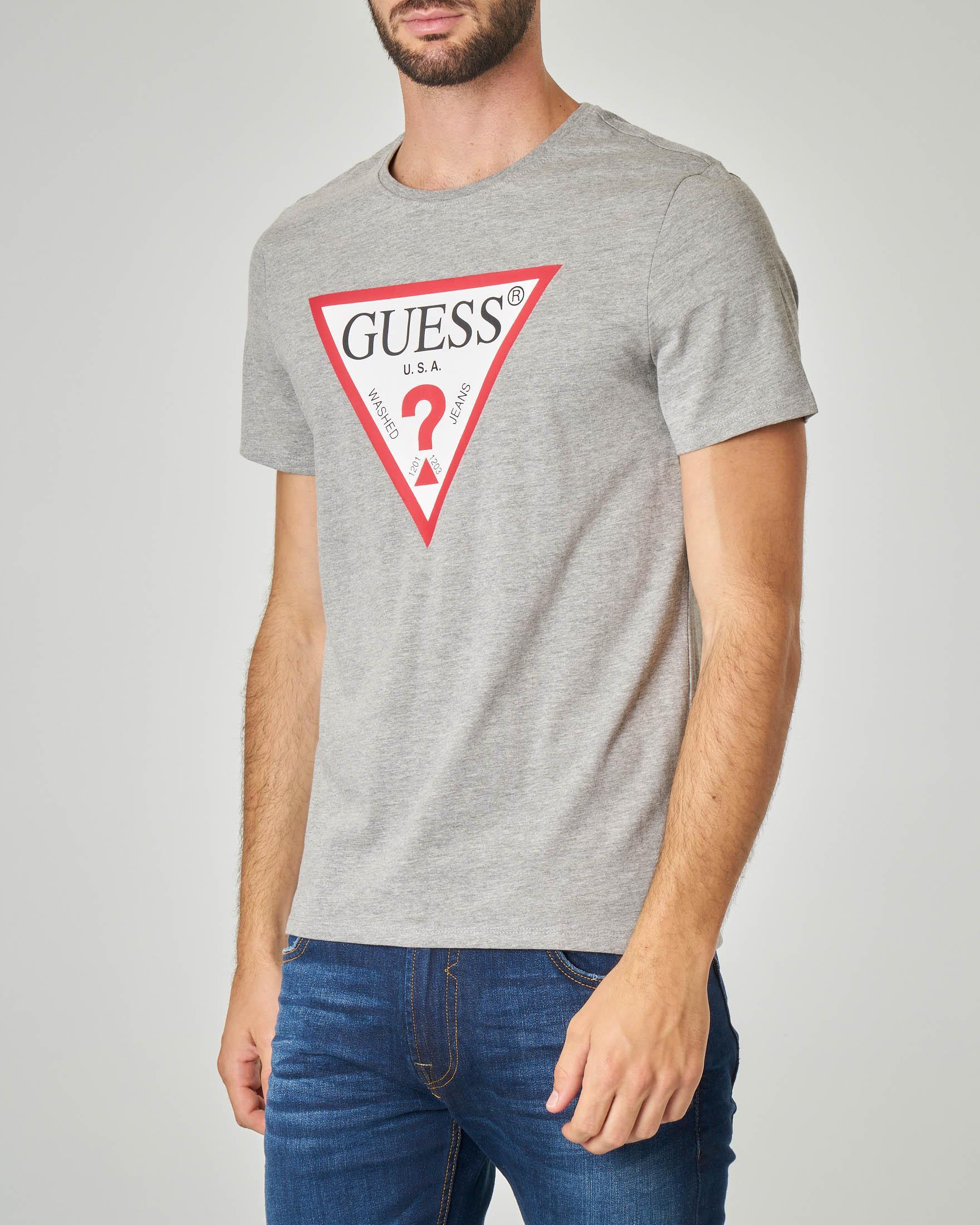 GUESS T shirt con logo triangolo