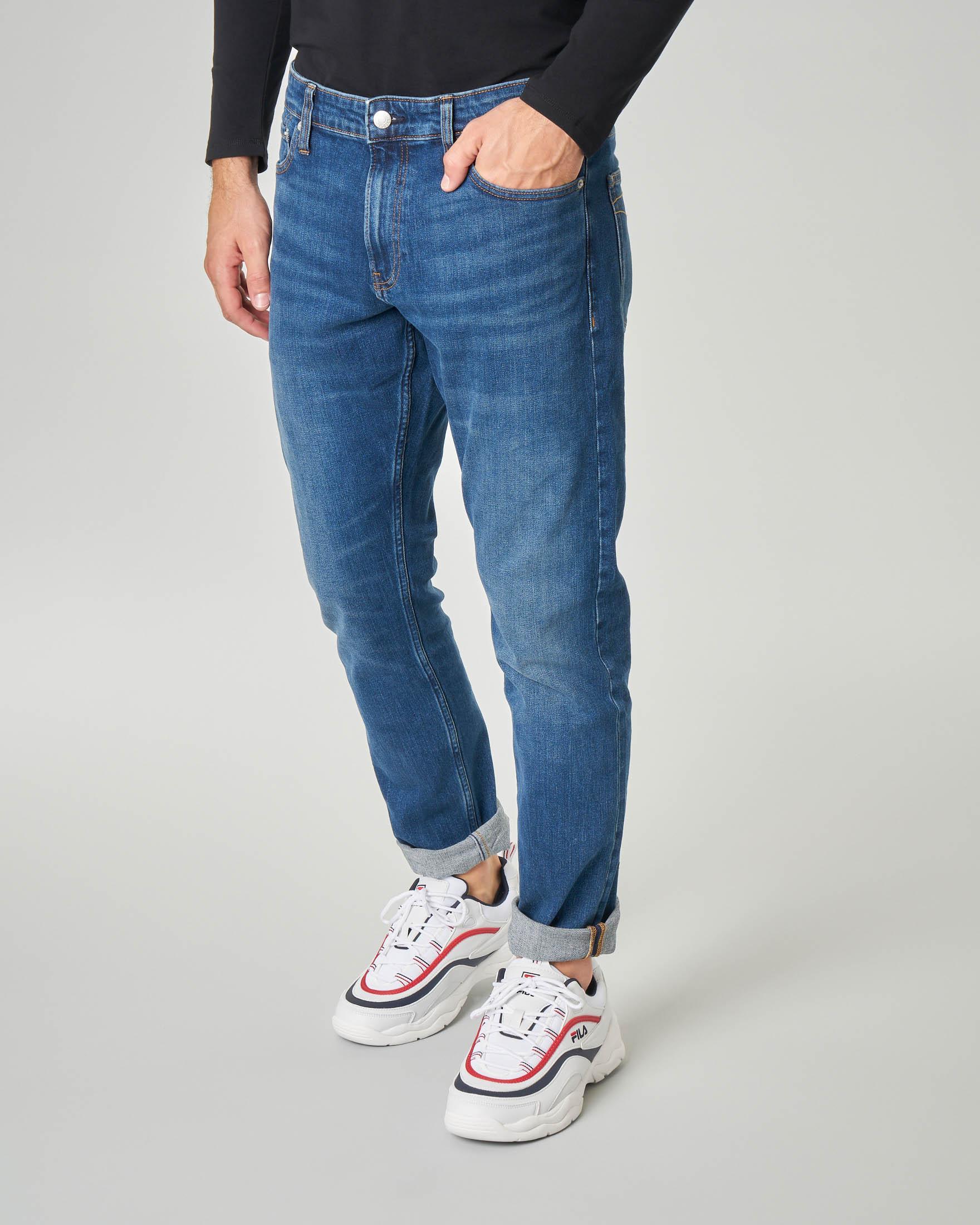 Jeans slim lavaggio stone wash