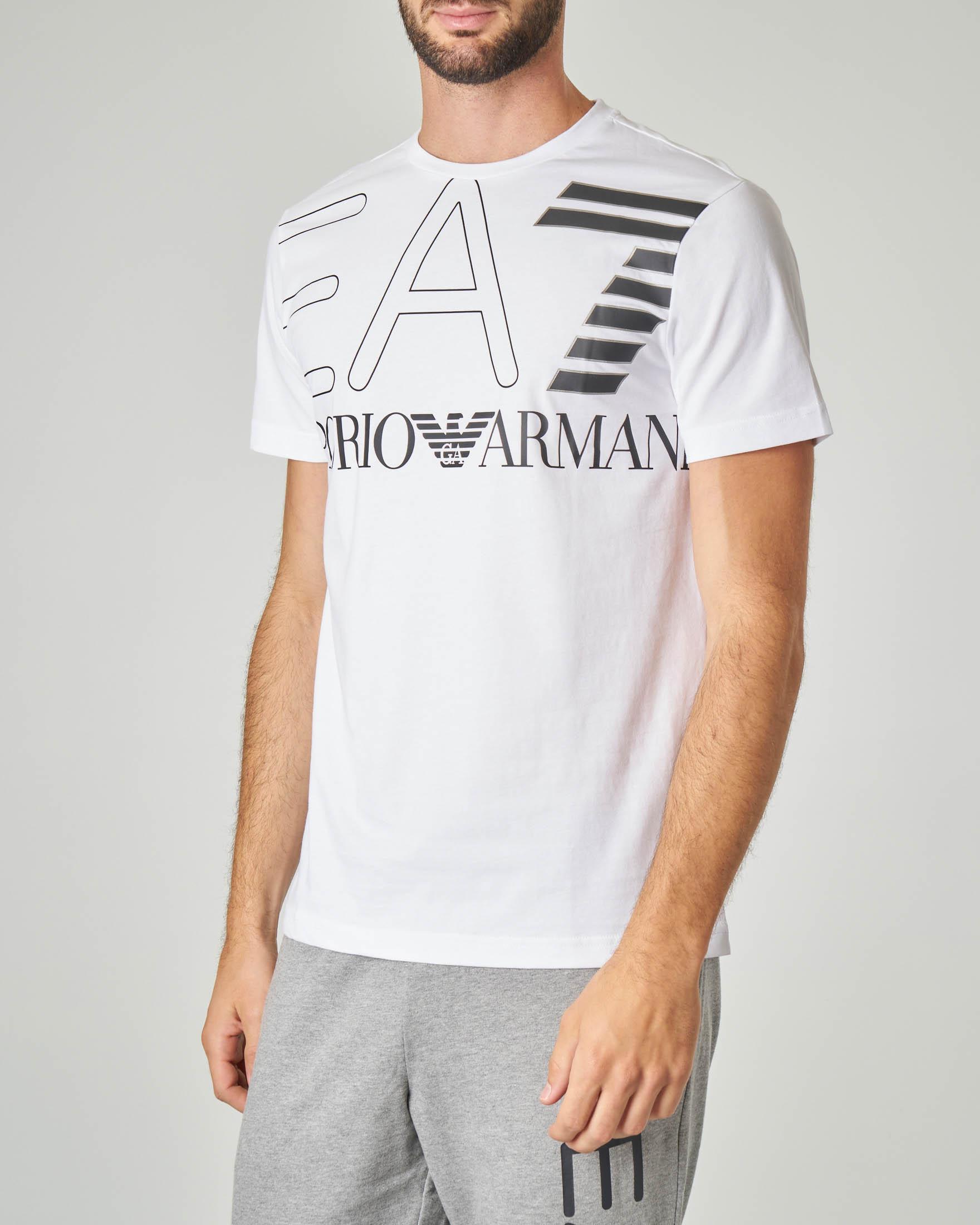T-shirt bianca con logo EA7 grande su petto e spalle