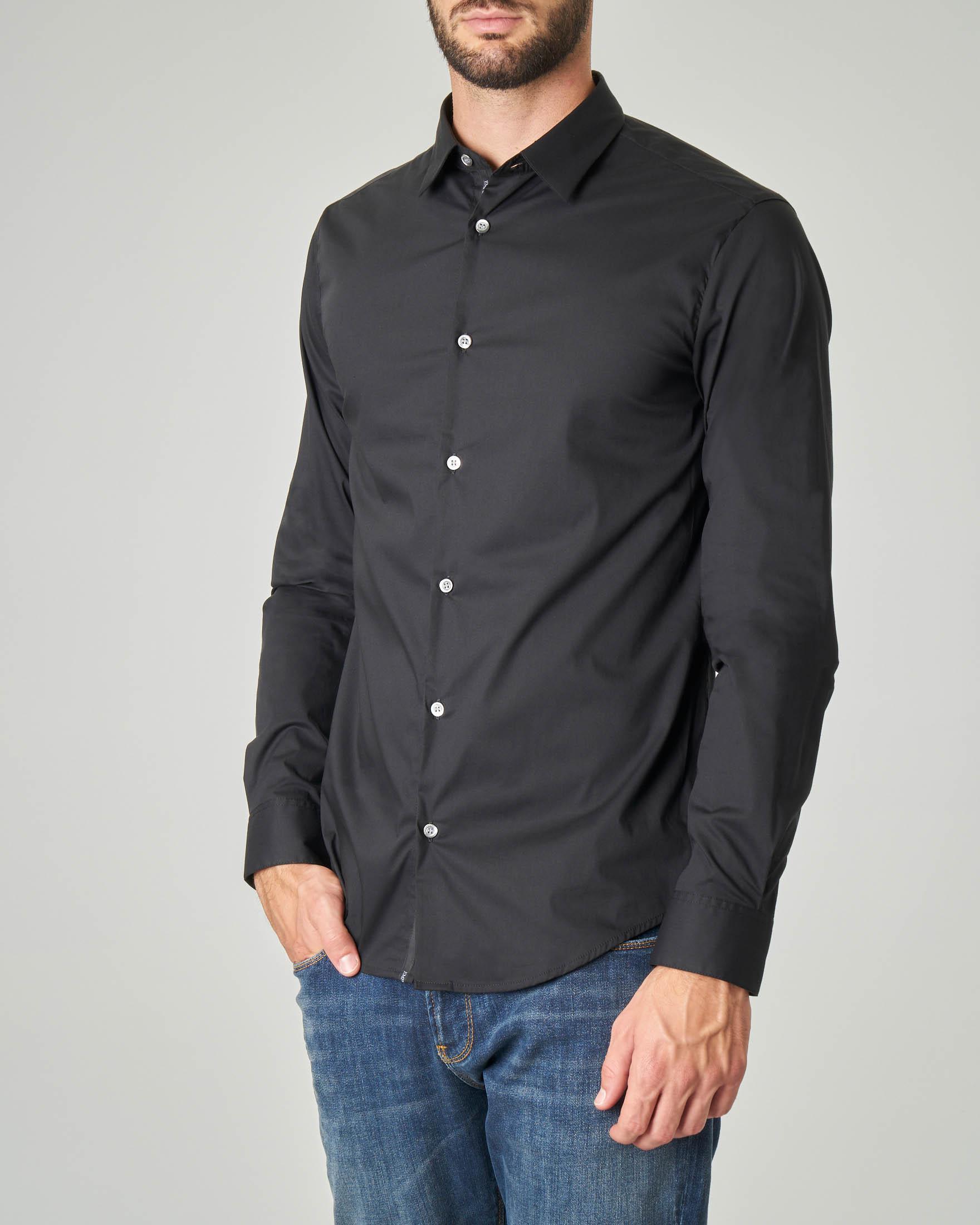Camicia nera in popeline stretch di cotone